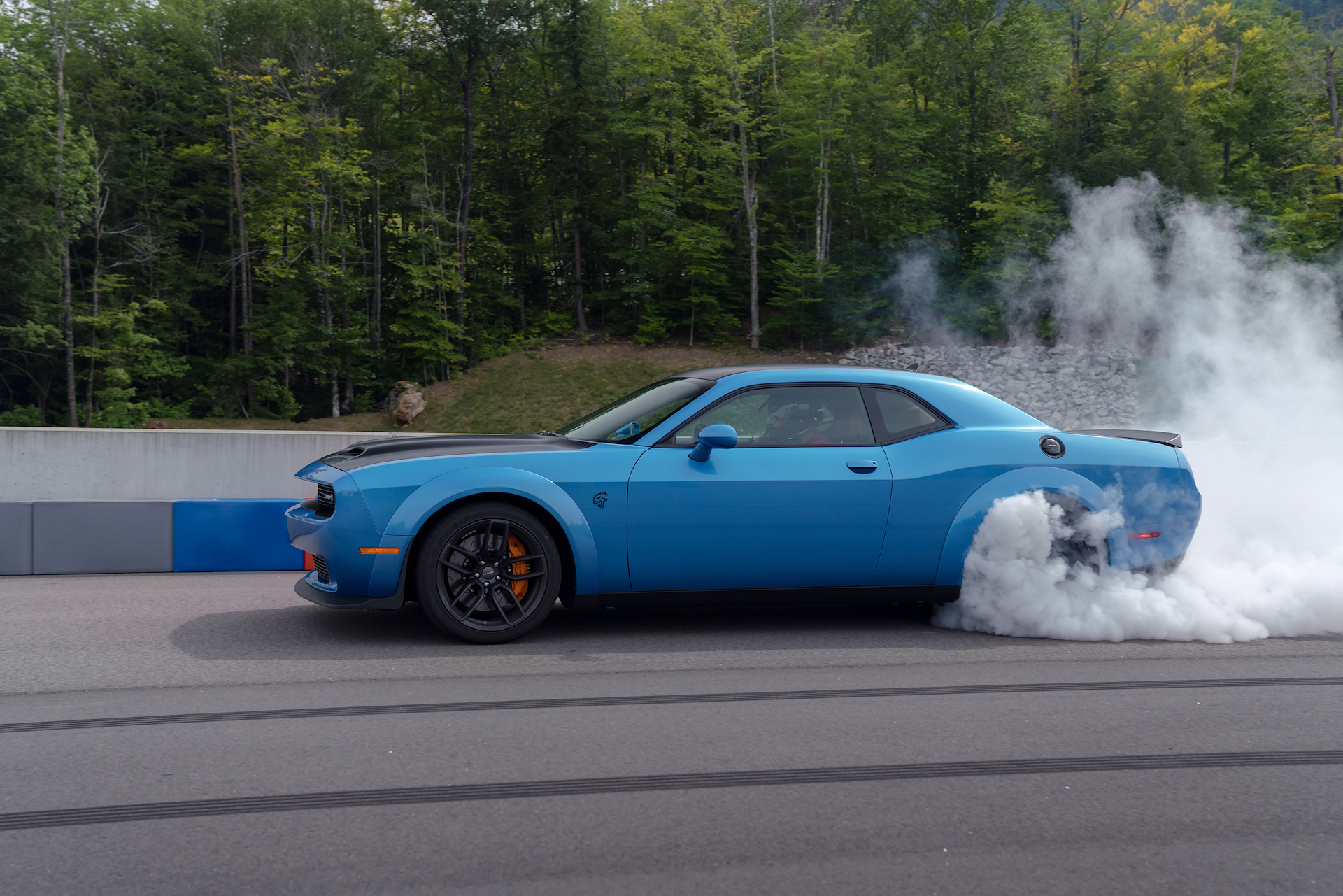 Challenger Hellcat For Sale >> Dodge Challenger outsells Camaro in 2018, but Mustang still king