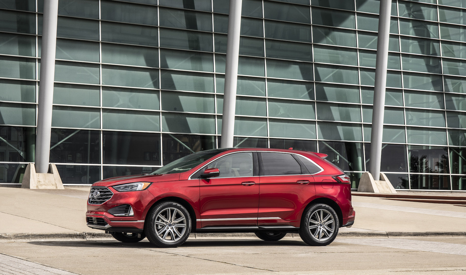 2019 Ford Edge Review Ratings Specs Prices And Photos The Car Connection