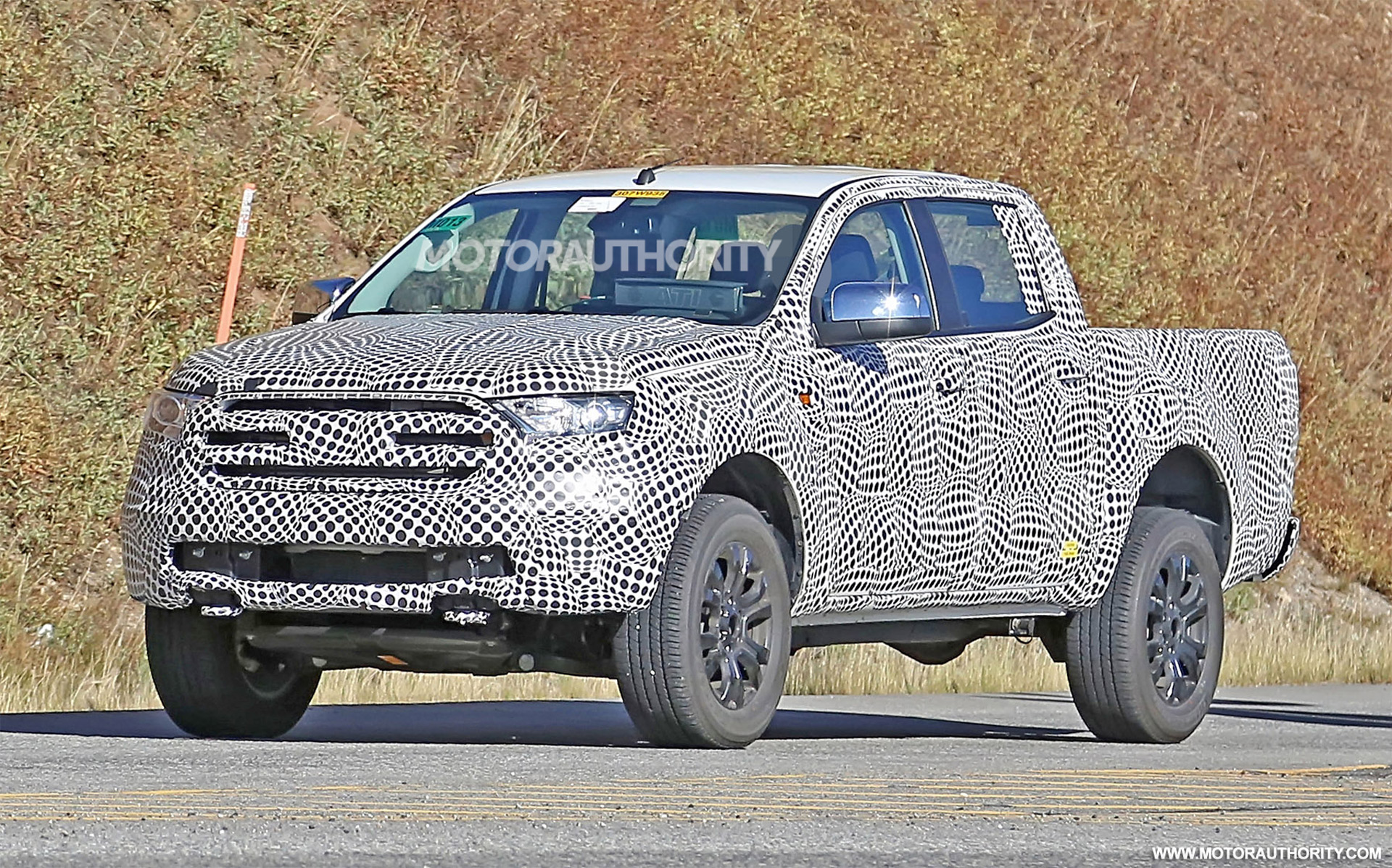 2019 Ford Ranger spy shots and video
