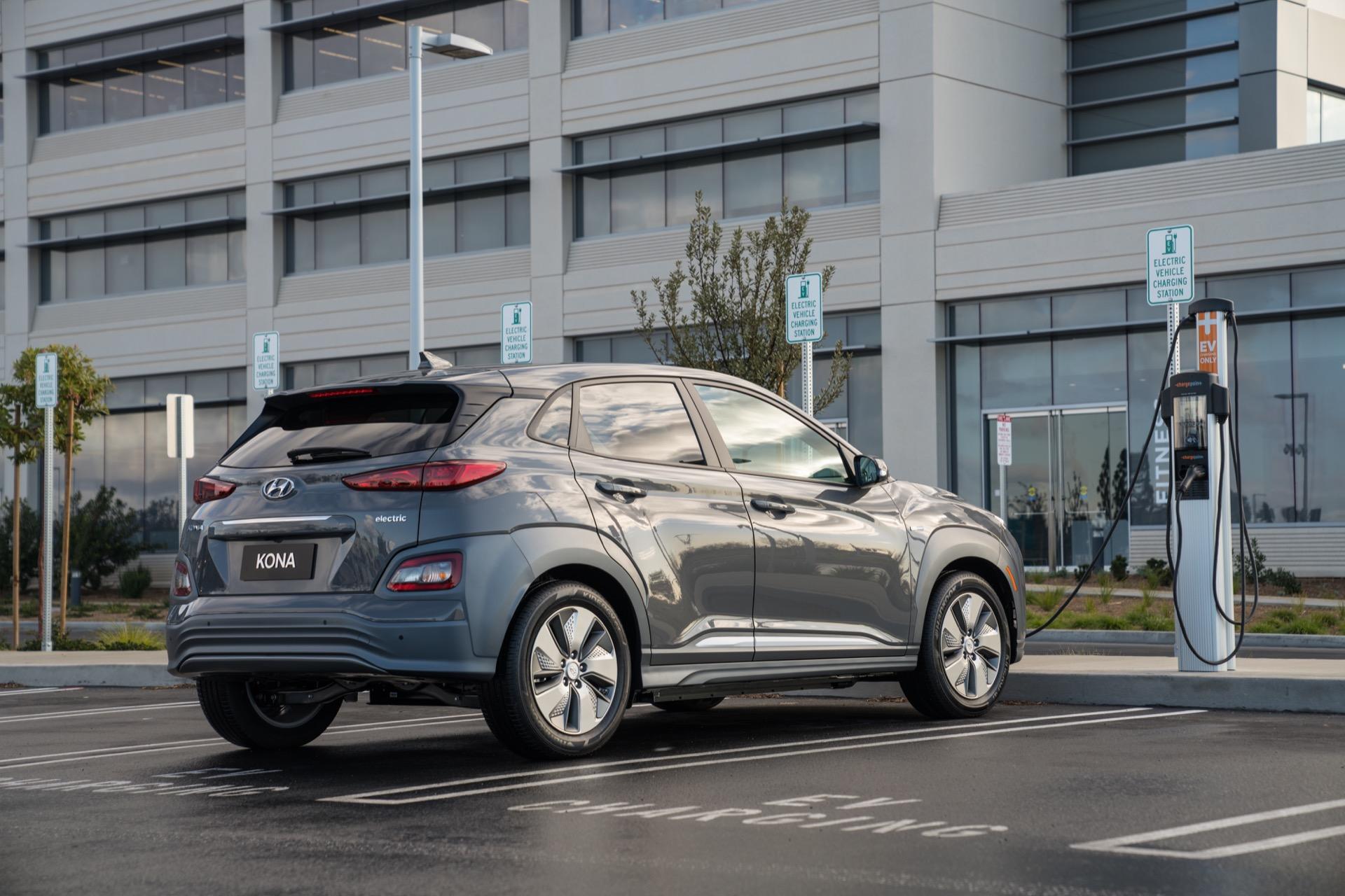 2019 Hyundai Kona Electric, Tesla board, long-range ...