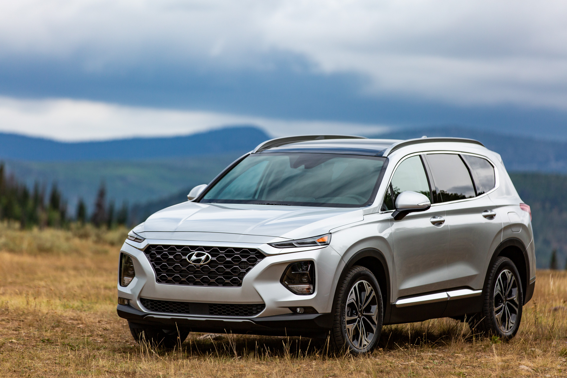 2019 Hyundai Santa Fe Review Ratings Specs Prices And Photos The Car Connection