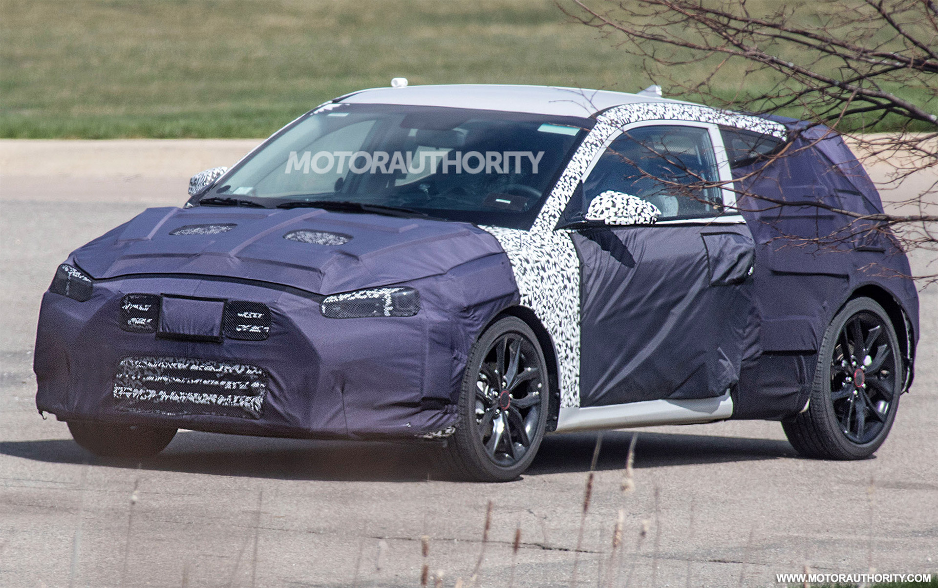 2018 Ford Expedition Review >> 2019 Hyundai Veloster spy shots