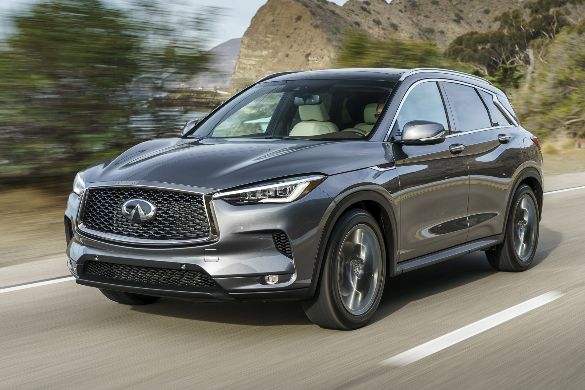 Elaborate engine: Variable-compression Infiniti yields small efficiency gains