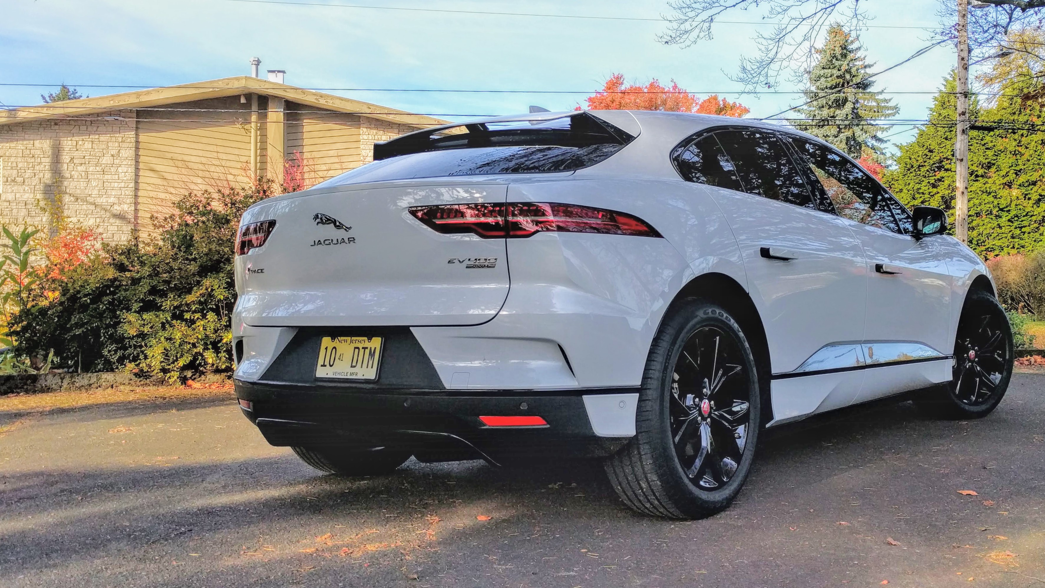 2019 Jaguar I Pace Electric Car Range Why The Short Circuit