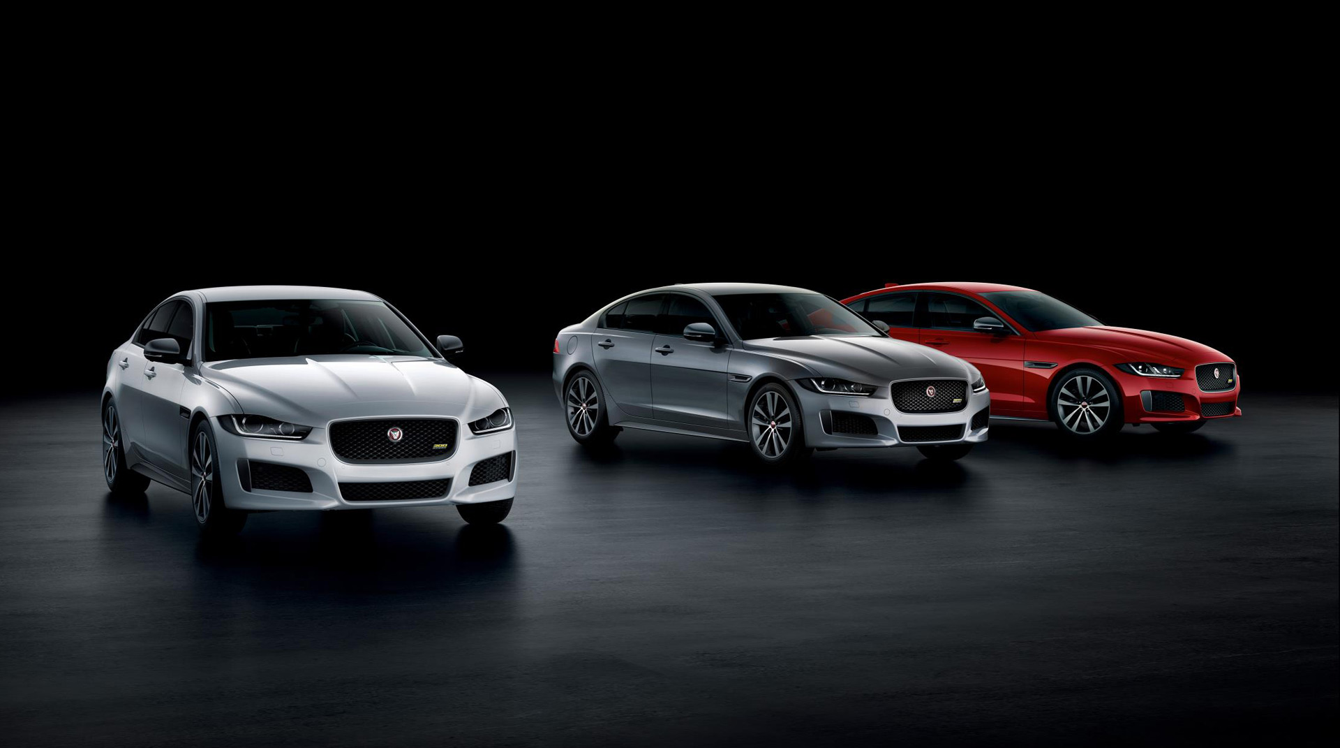 2019 jaguar xe and xf get 300 sport trim