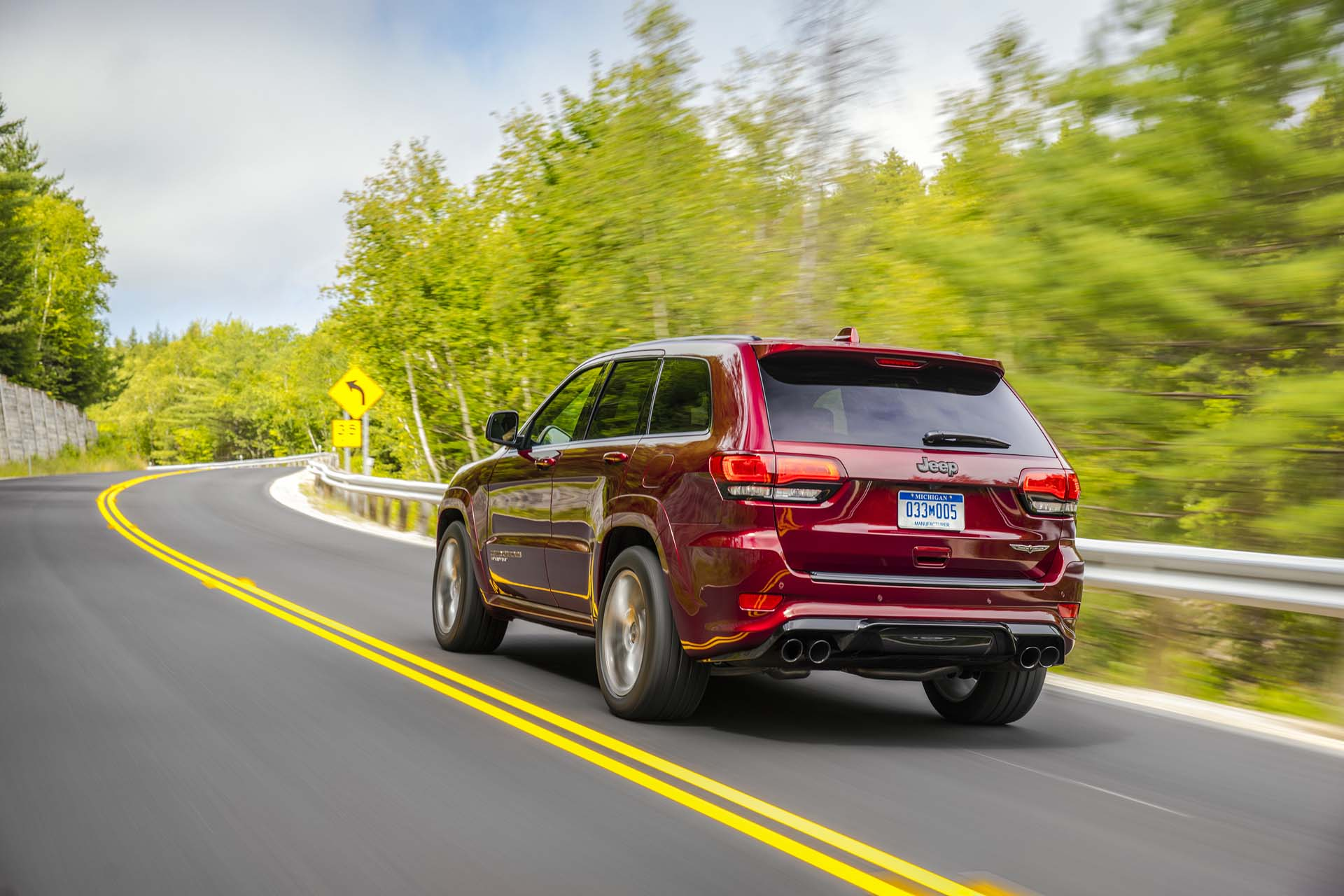 Jeep 3Rd Row >> 3 Row Jeep Grand Cherokee Will Reportedly Be Built At Idled Detroit