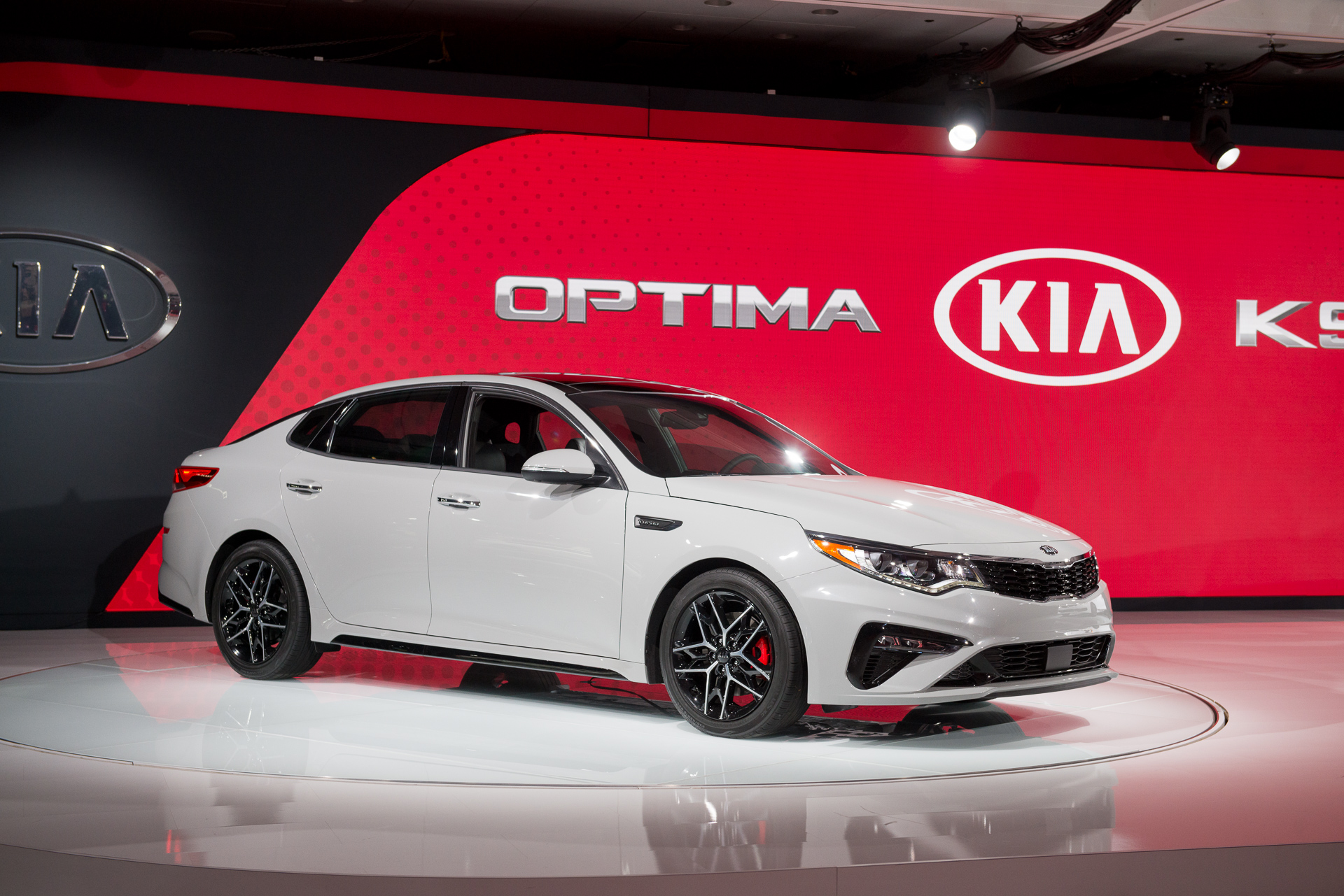 New Kia Optima >> Updates prioritize 2019 Kia Optima over 2019 Sedona for active-safety gear
