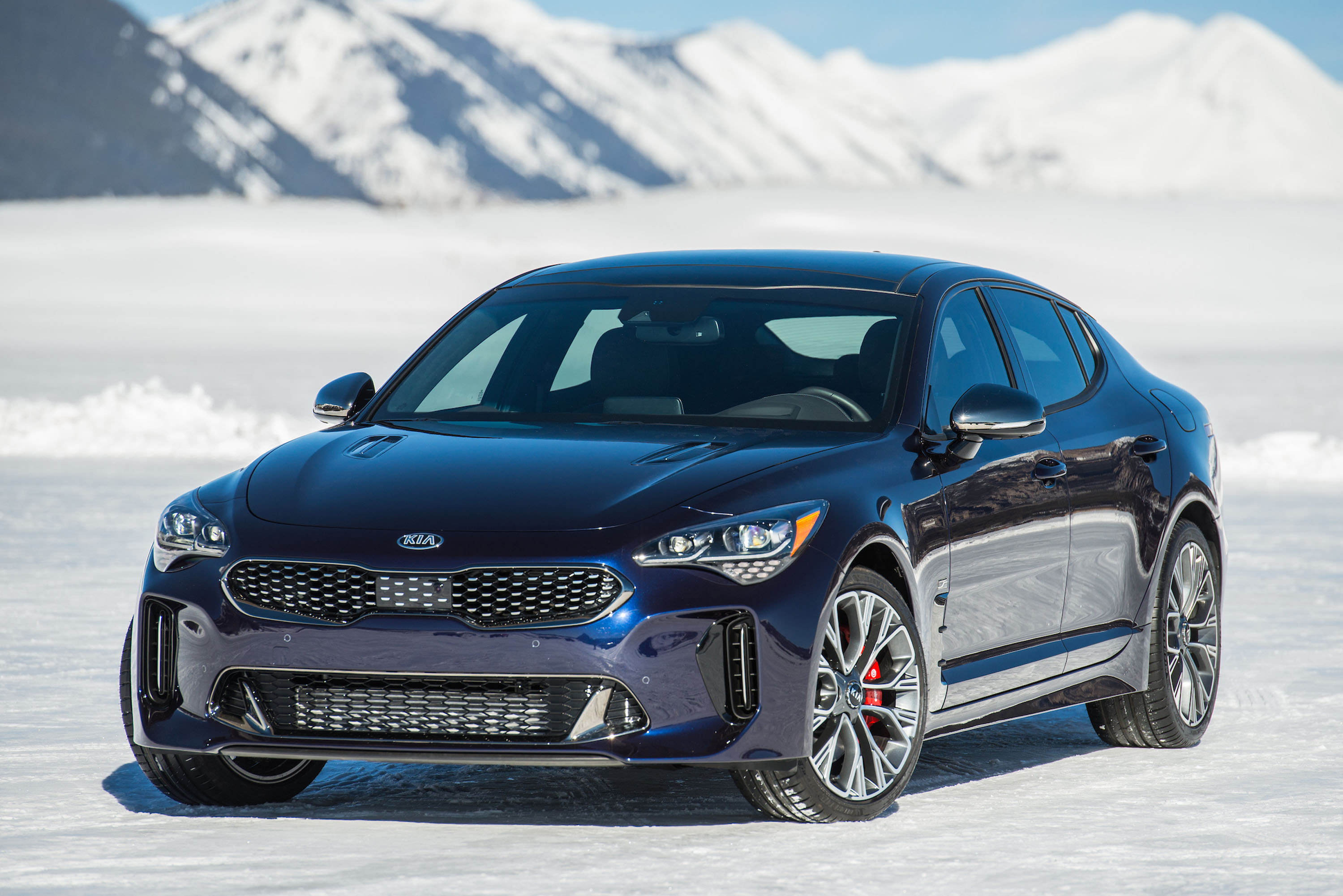 2019 Kia Stinger GT Atlantica is all dressed up and blue