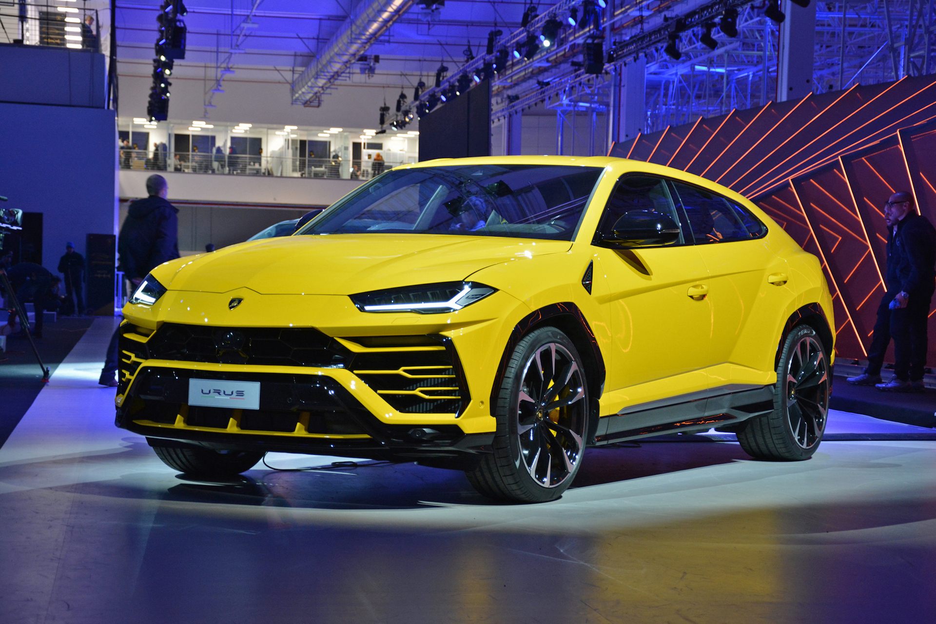 Lamborghini Urus Modern Day Rambo Lambo Is Finally Here