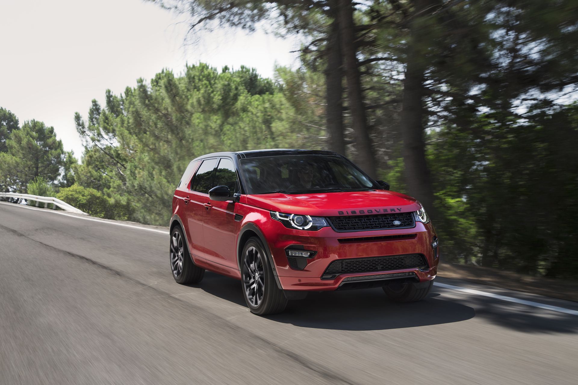 2019 land rover discovery sport review ratings specs. Black Bedroom Furniture Sets. Home Design Ideas