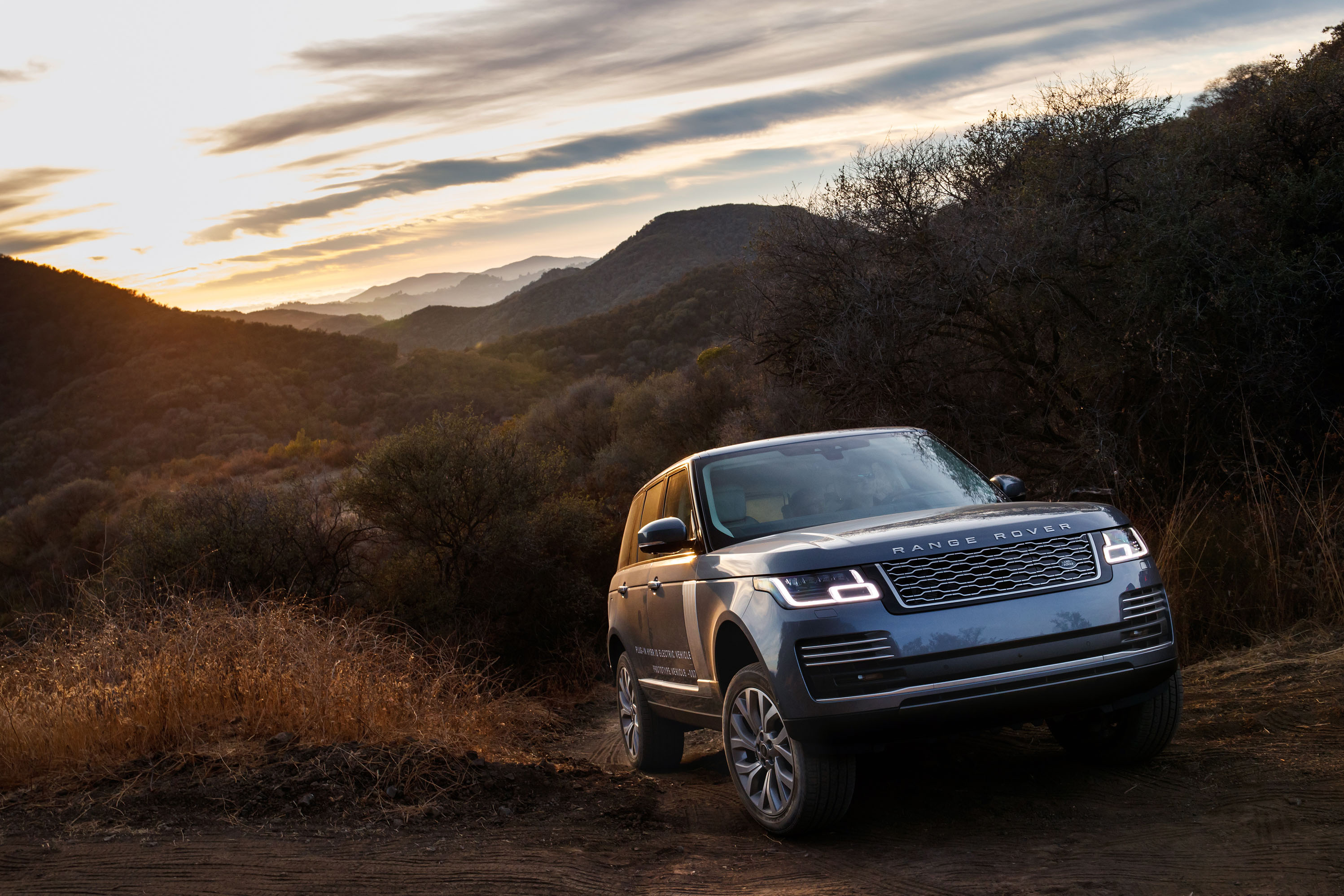 Used Land Rovers For Sale >> 2019 Land Rover Range Rover Review, Ratings, Specs, Prices, and Photos - The Car Connection