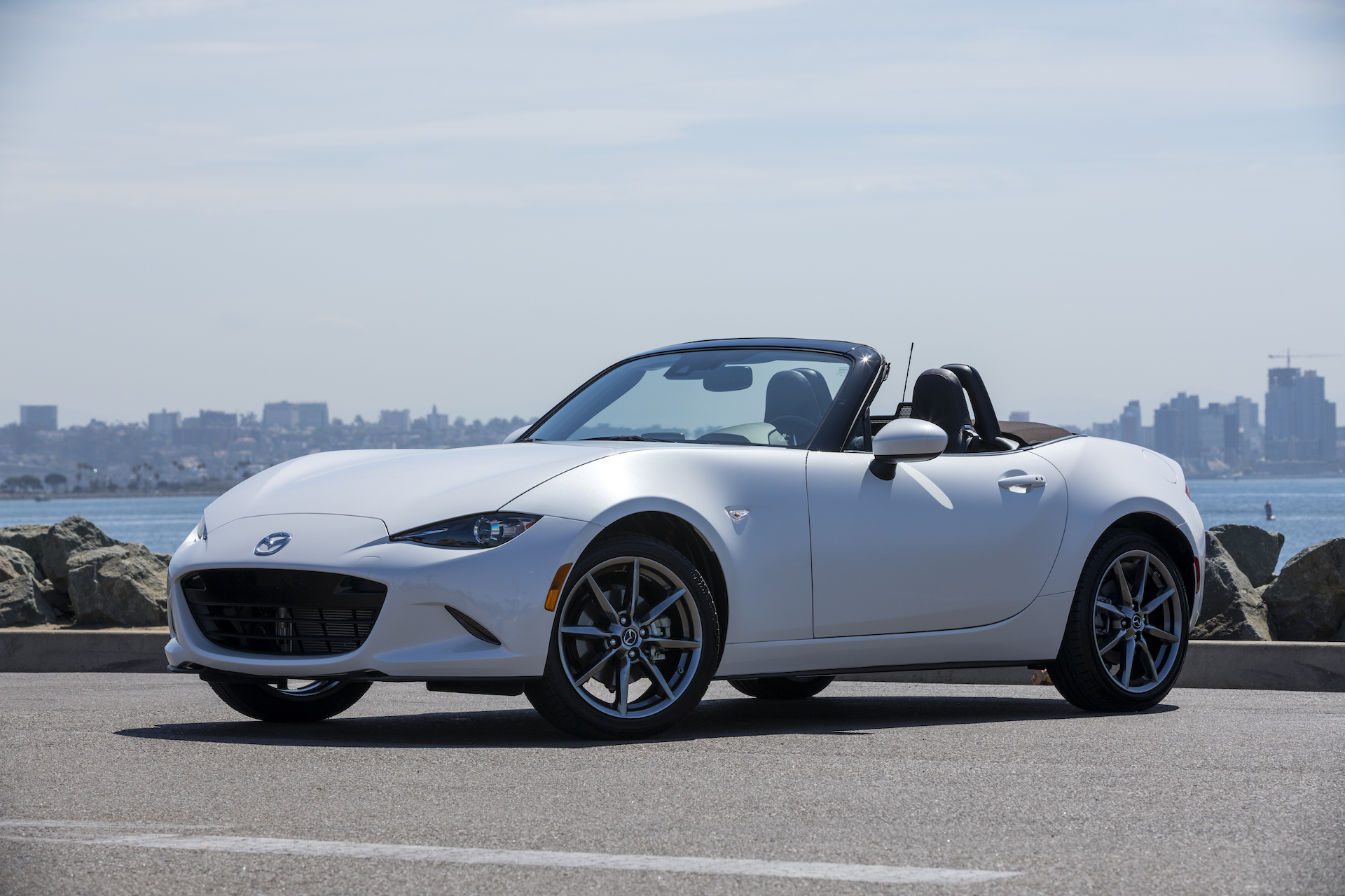 2019 mazda mx 5 miata first drive review the sports car mazda intended page 2. Black Bedroom Furniture Sets. Home Design Ideas