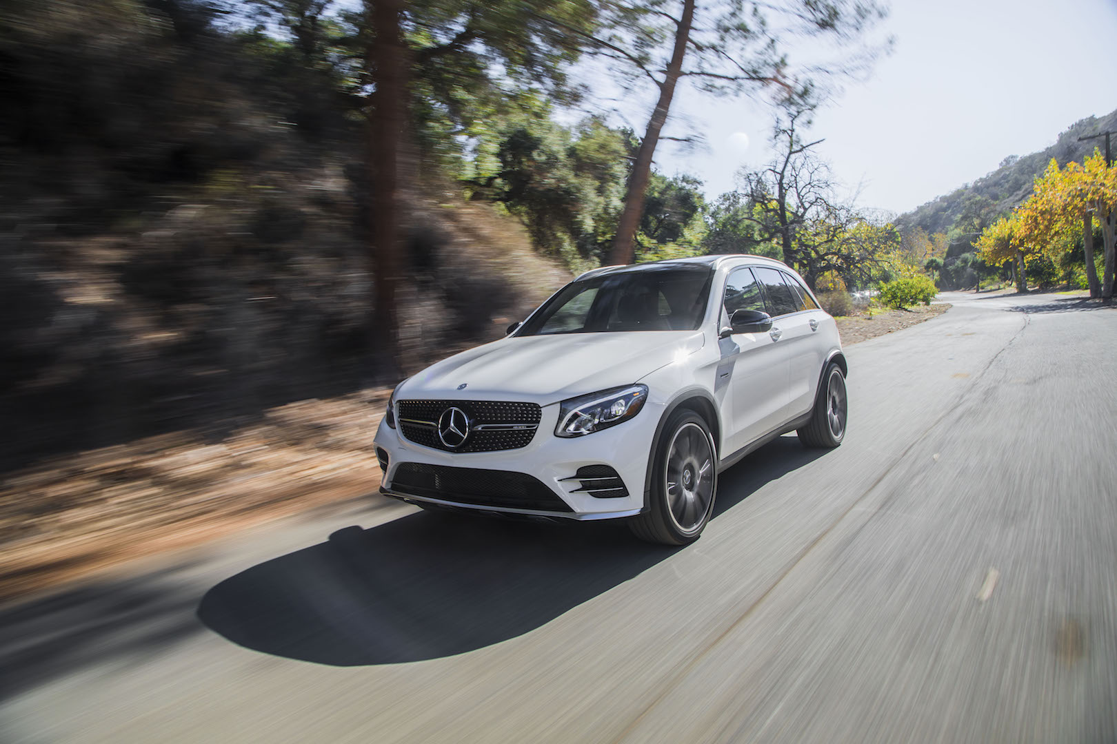new and used mercedes benz glc class prices photos reviews specs the car connection. Black Bedroom Furniture Sets. Home Design Ideas