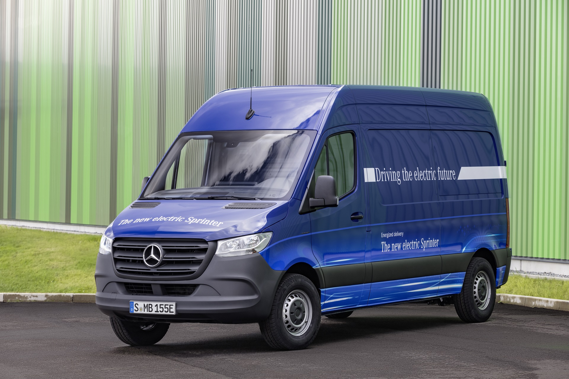 Nouveau Sprinter 2018 >> New Mercedes-Benz eSprinter electric van set for European debut