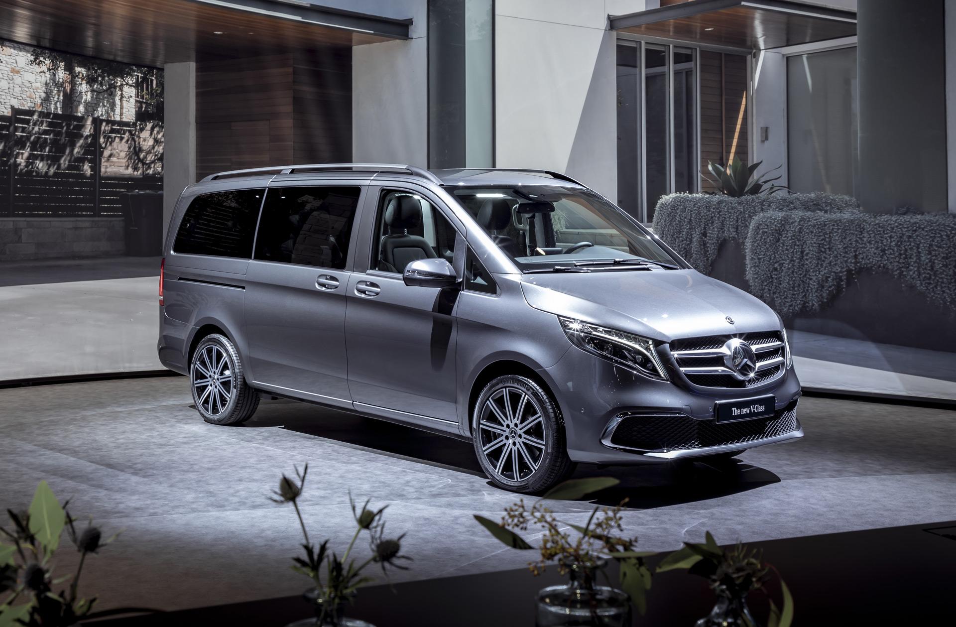 e43a11c3054c3d 2019 Mercedes-Benz V-Class hints at updates for Metris van