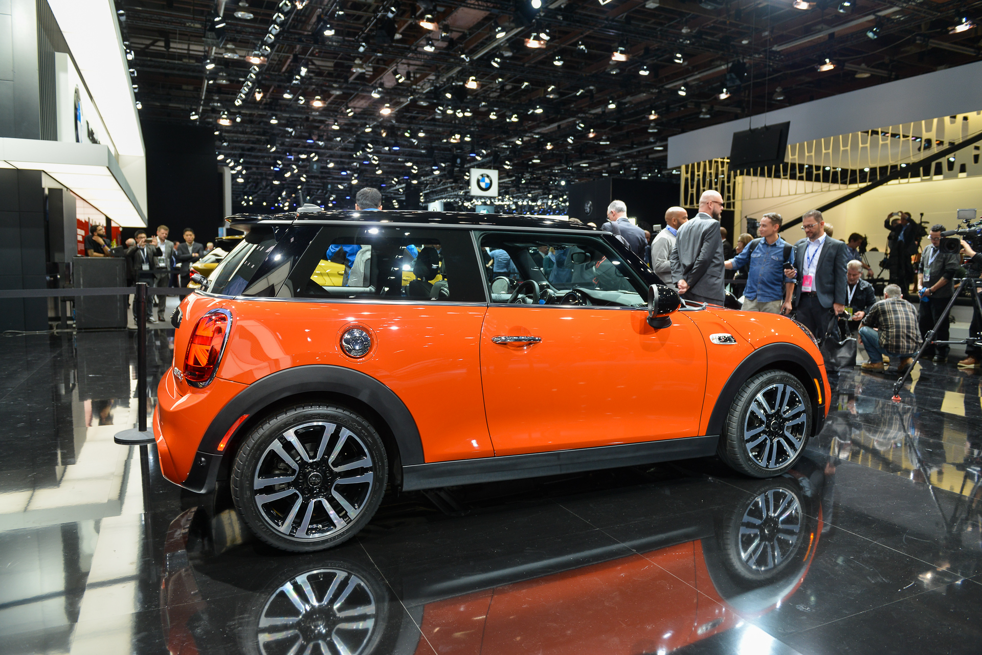 Meet The New 2019 Mini Hardtop Same As The Old Mini