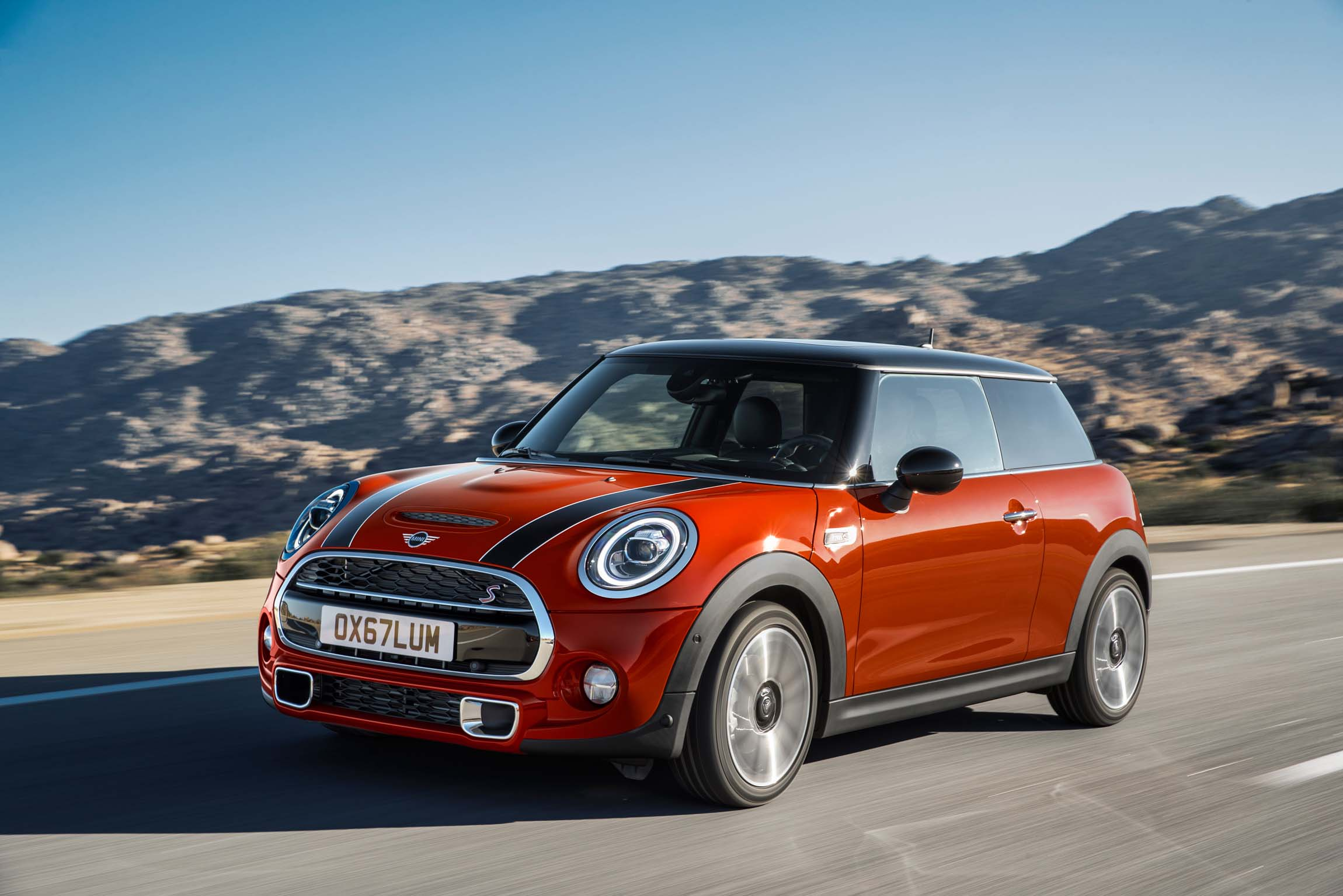 2019 mini cooper review ratings specs prices and. Black Bedroom Furniture Sets. Home Design Ideas