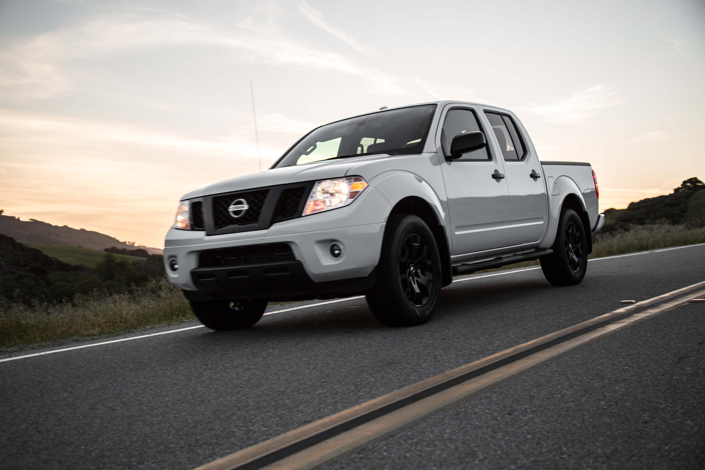 2019 Nissan Frontier Review Ratings Specs Prices And Photos The Car Connection