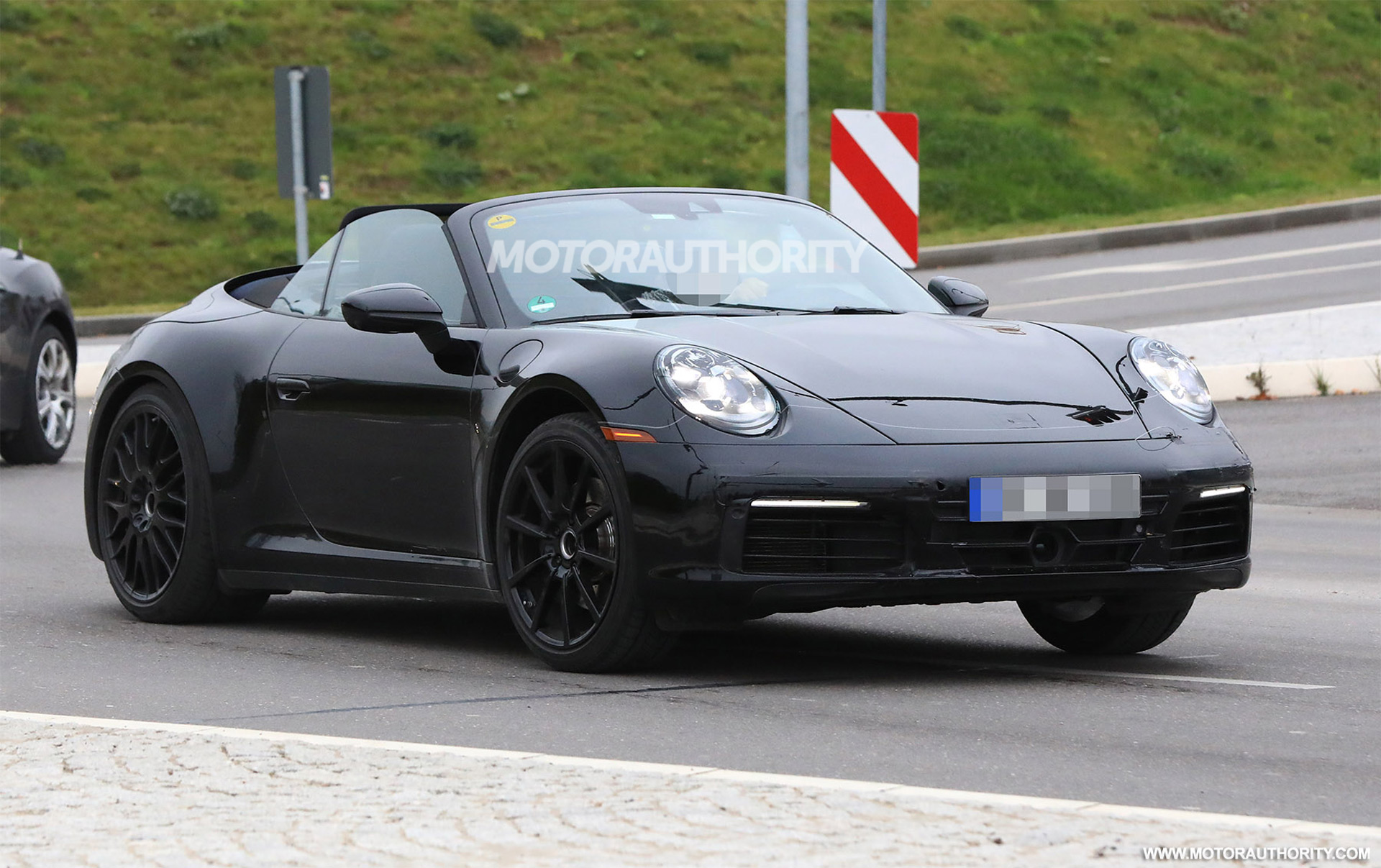 2019 porsche 911 cabrio spy shots. Black Bedroom Furniture Sets. Home Design Ideas