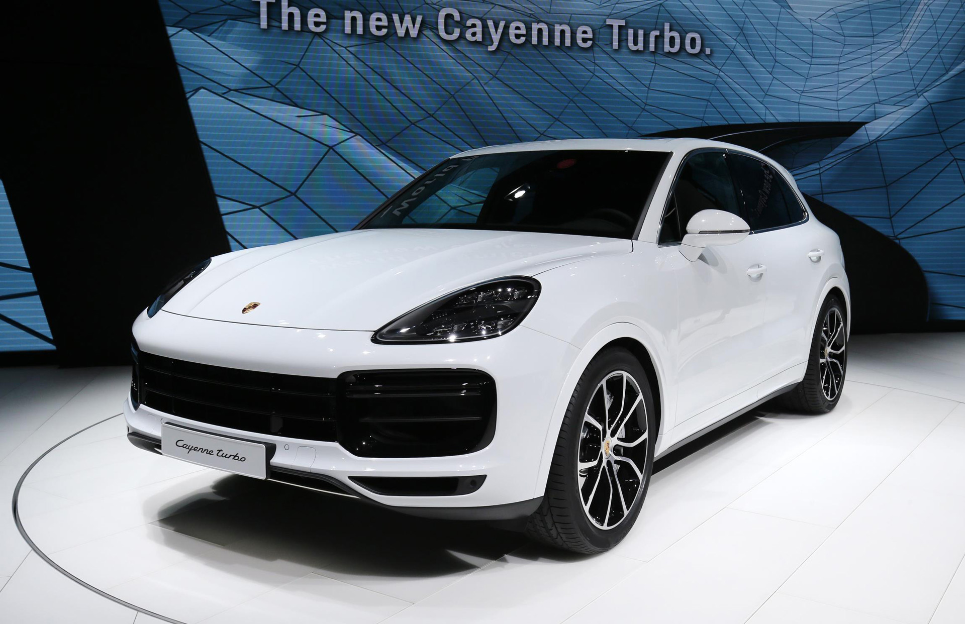 2019 porsche cayenne turbo takes familiar route to high performance