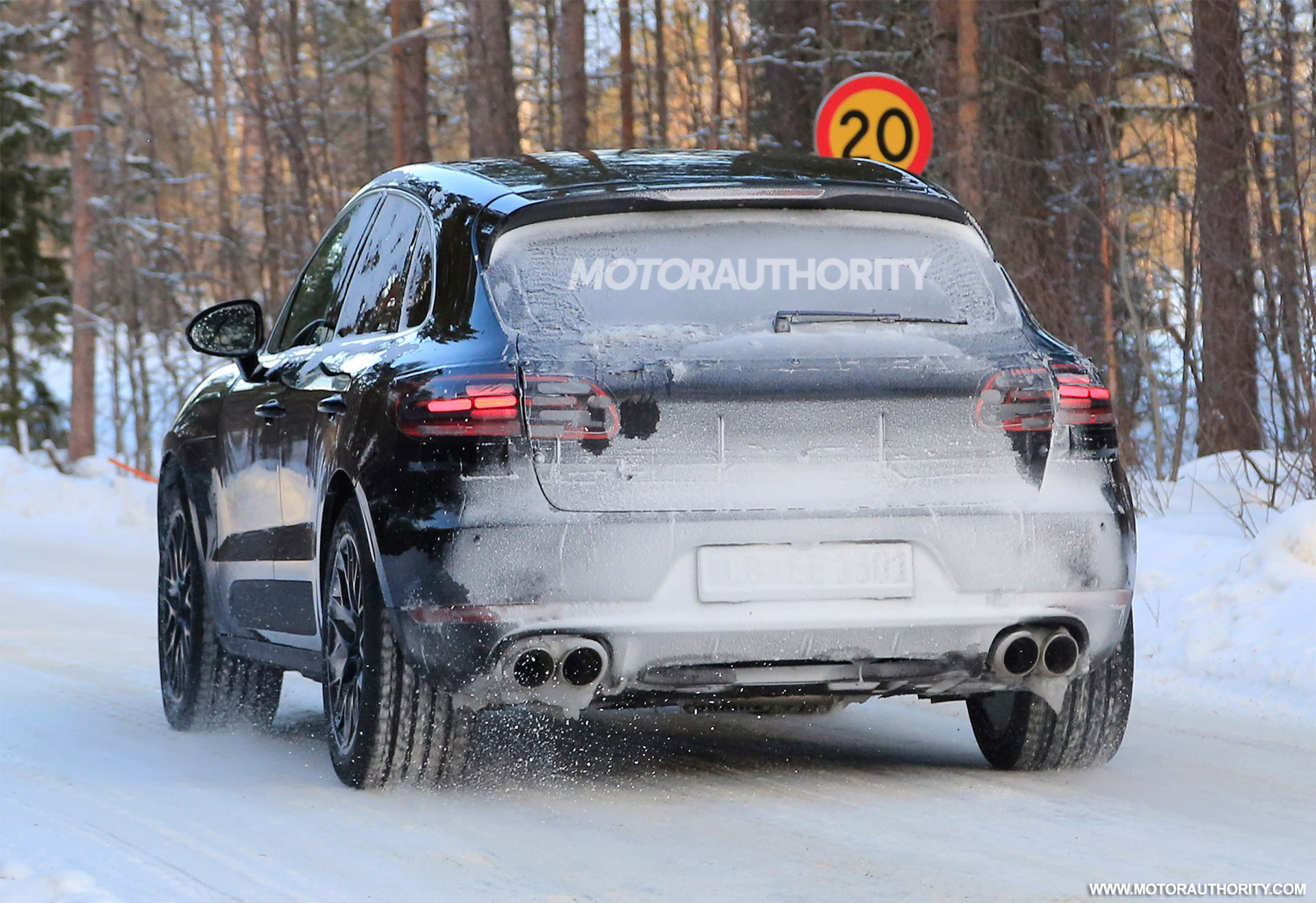 2019 Porsche Macan, Challenger vs  Raptor, Workhorse W-15: The Week