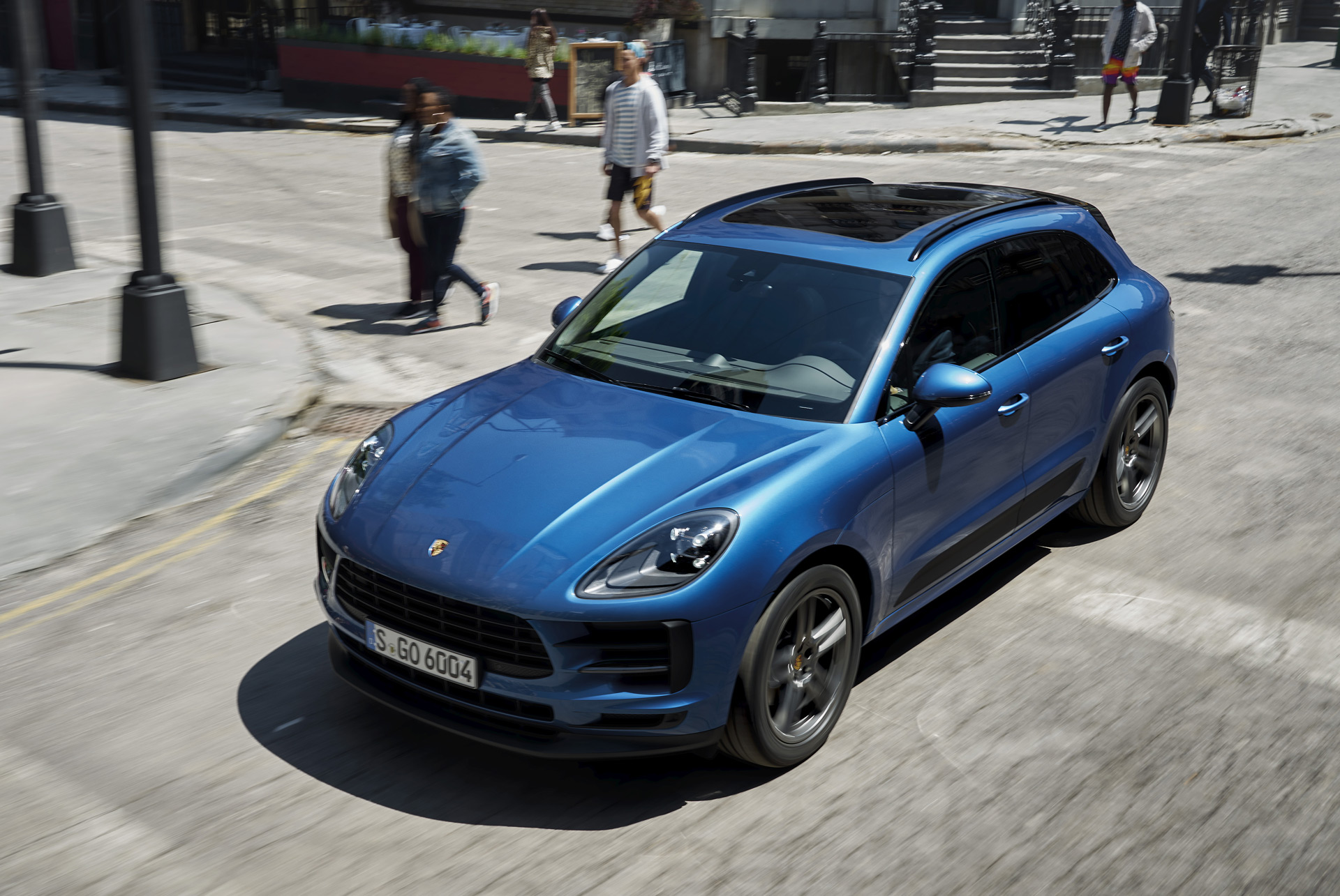 Current Porsche Macan to be sold alongside redesigned electric version