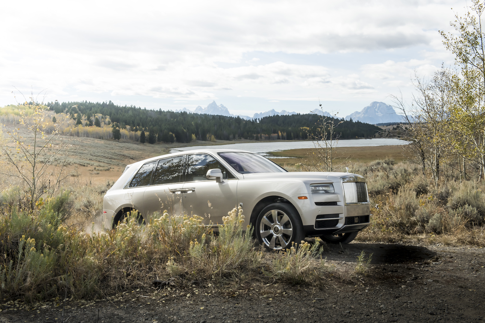 Rolls Royce Cullinan Hybrid Reportedly In The Cards
