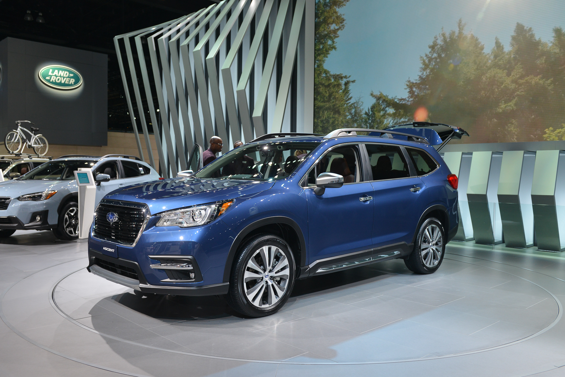 2019 subaru ascent suv  row  row  row your crossover