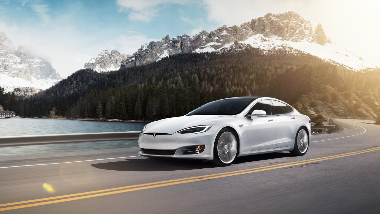 Tesla Model S and X get big range boost, and Standard Range