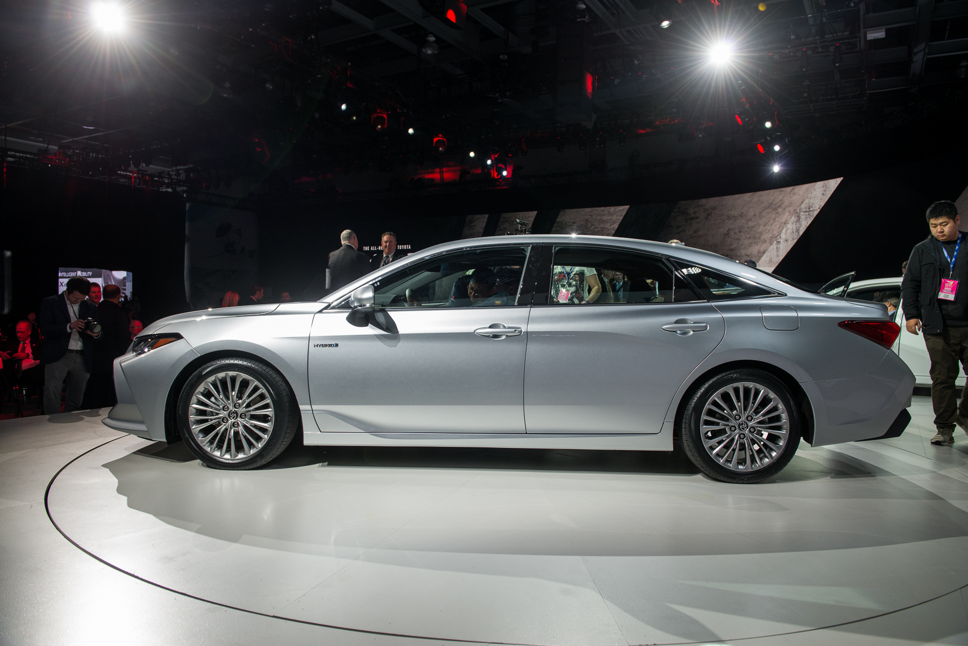 2019 Toyota Avalon Video Preview