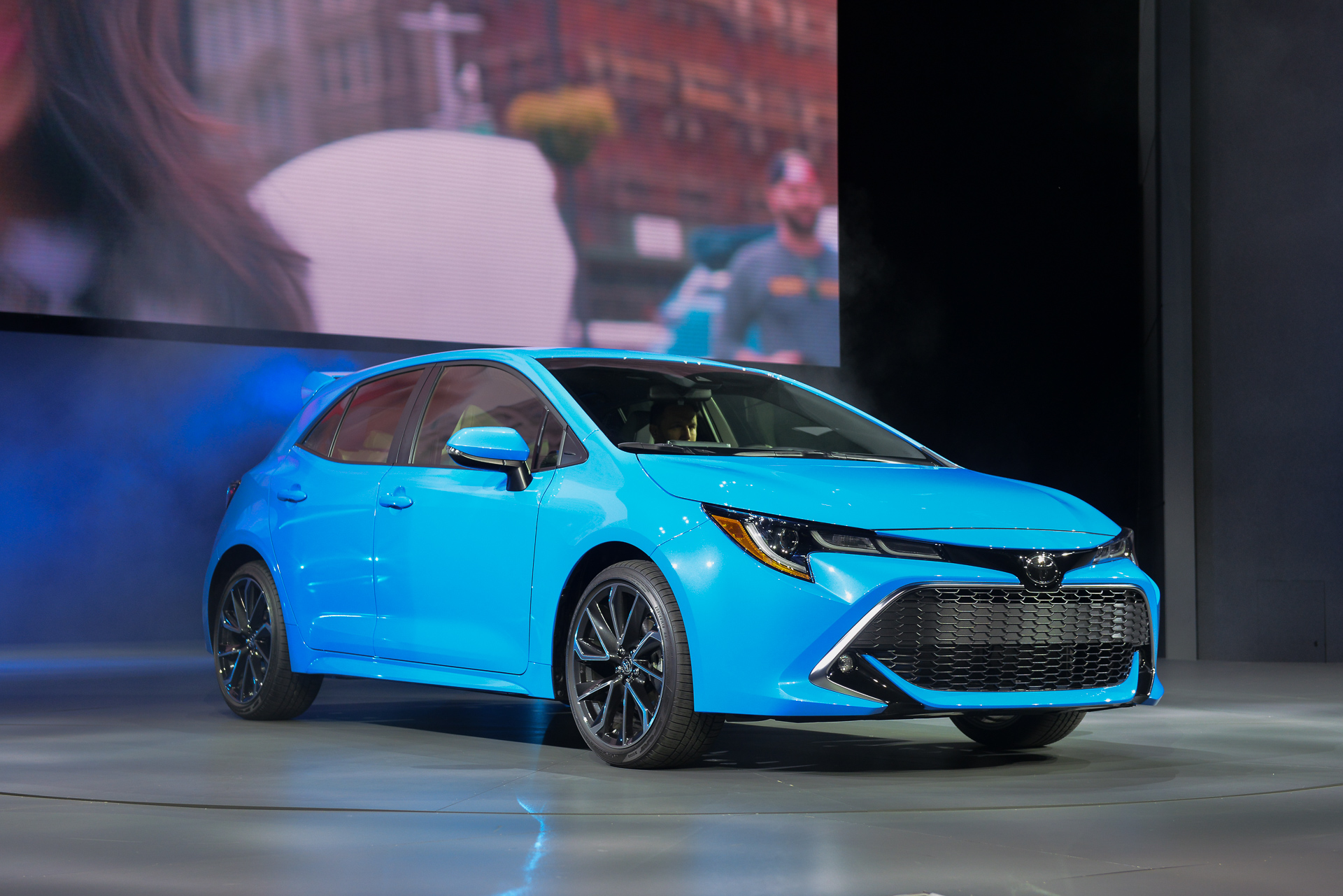 2019 toyota corolla hatchback returns at ny auto show. Black Bedroom Furniture Sets. Home Design Ideas