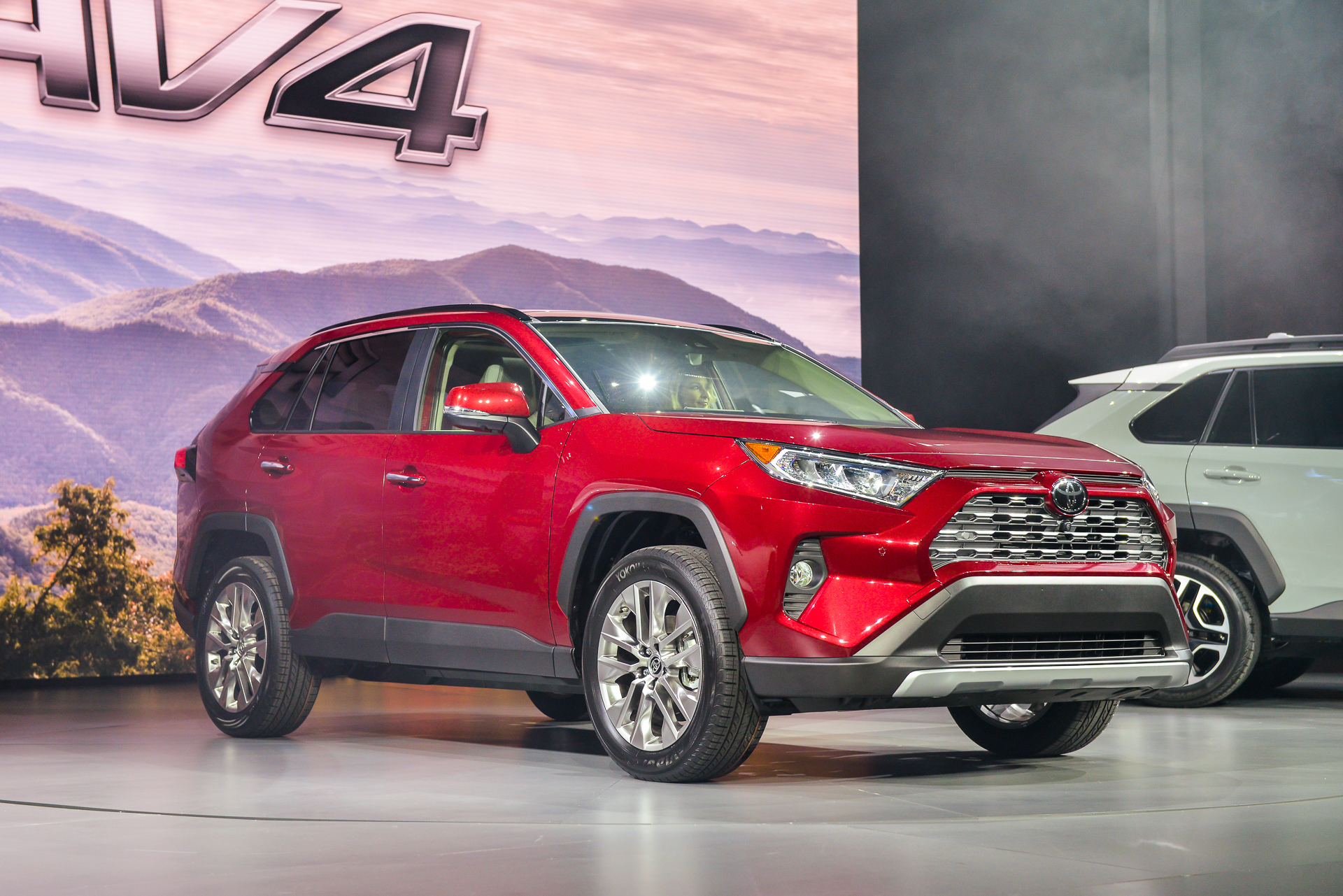 redesigned 2019 toyota rav4 hybrid debuts at new york auto show. Black Bedroom Furniture Sets. Home Design Ideas