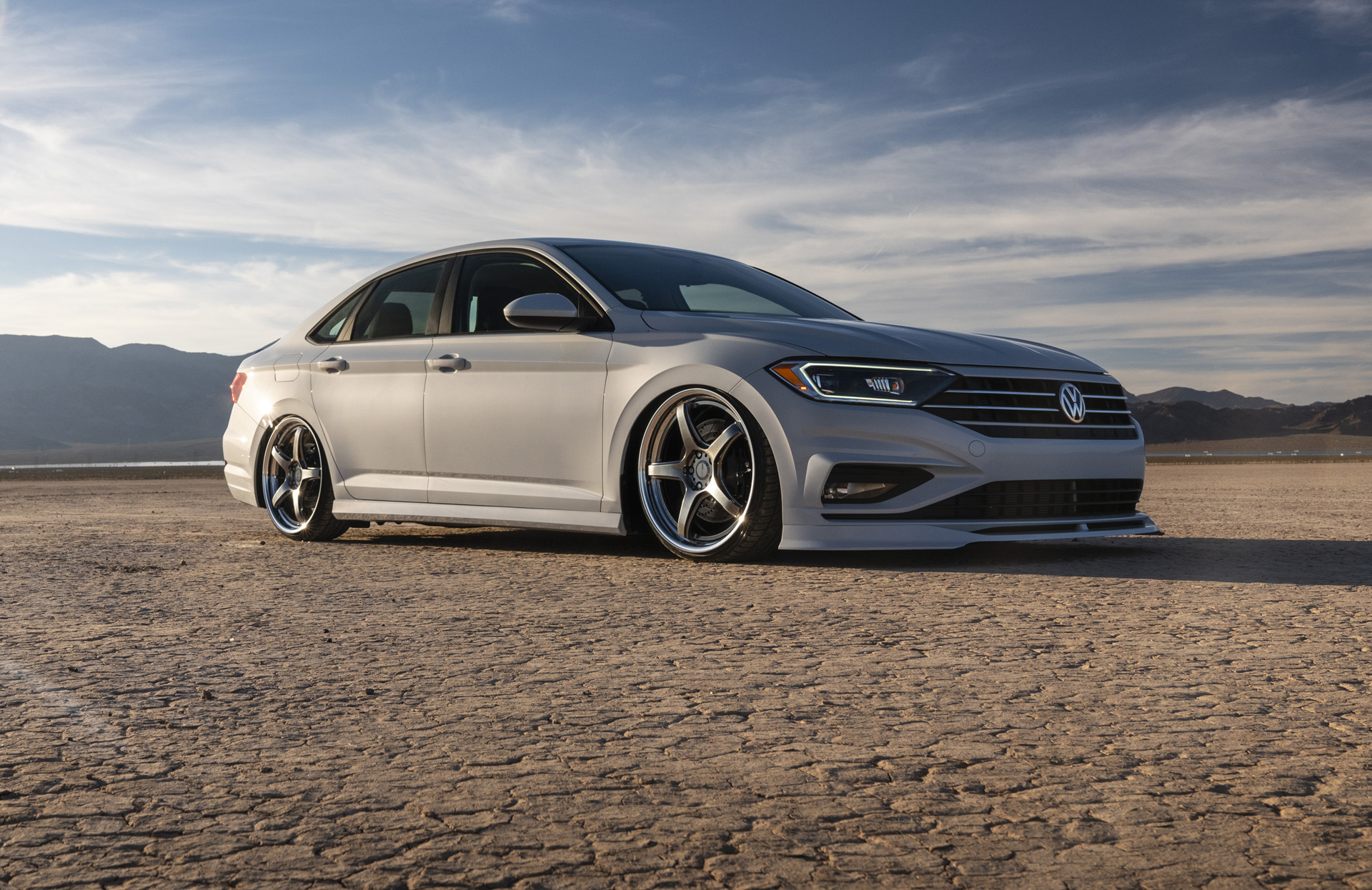 vw shows jetta tuning potential with trio of sema specials. Black Bedroom Furniture Sets. Home Design Ideas