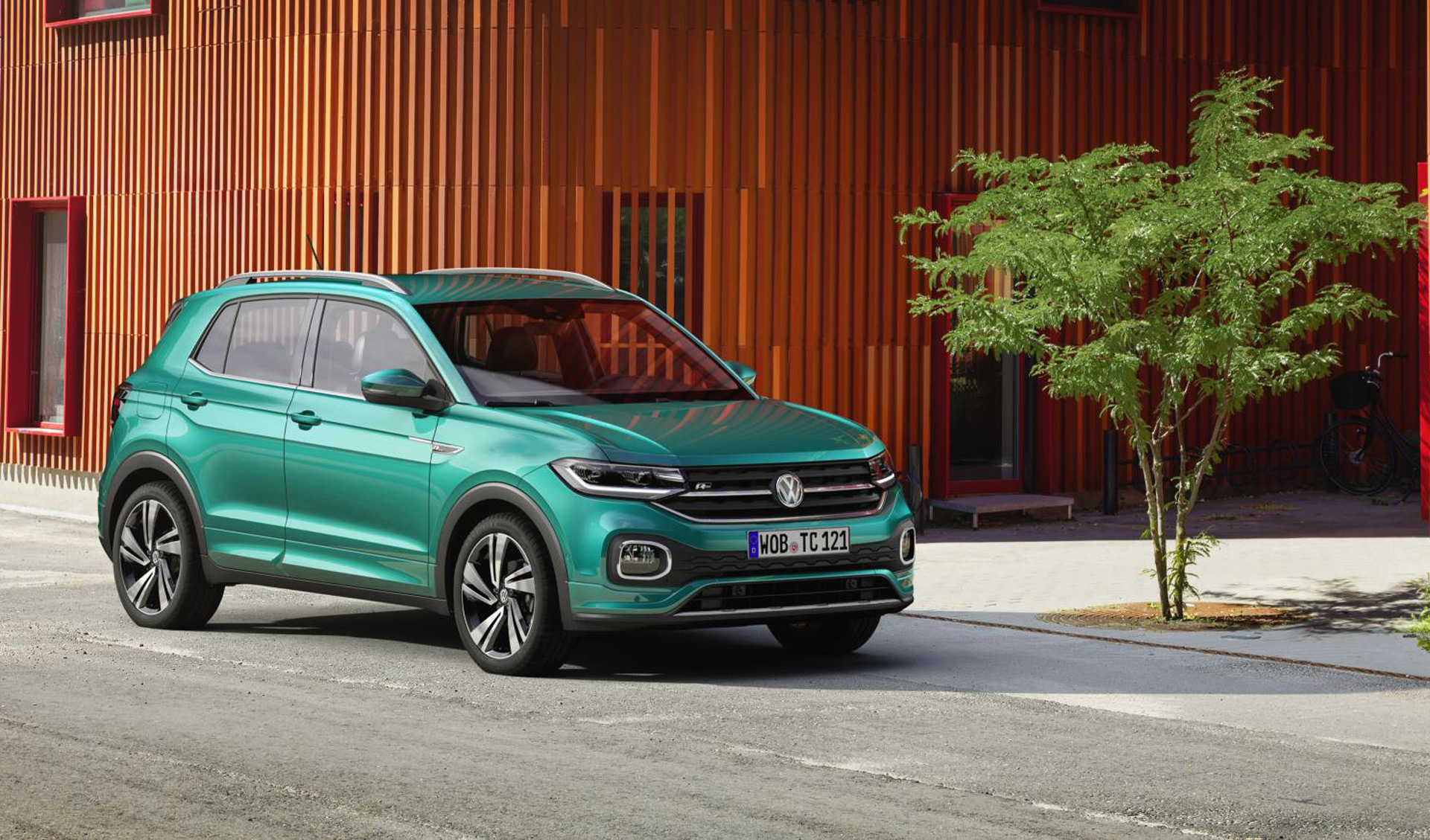 tiny t cross sees vw enter subcompact crossover battle. Black Bedroom Furniture Sets. Home Design Ideas
