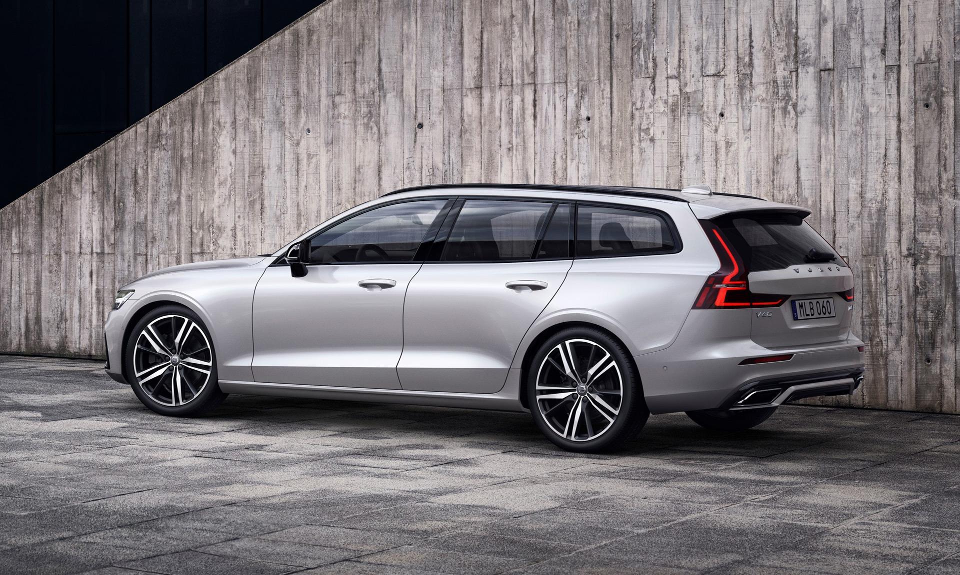 crossover alternative  2019 volvo v60 station wagon to cost  39 895