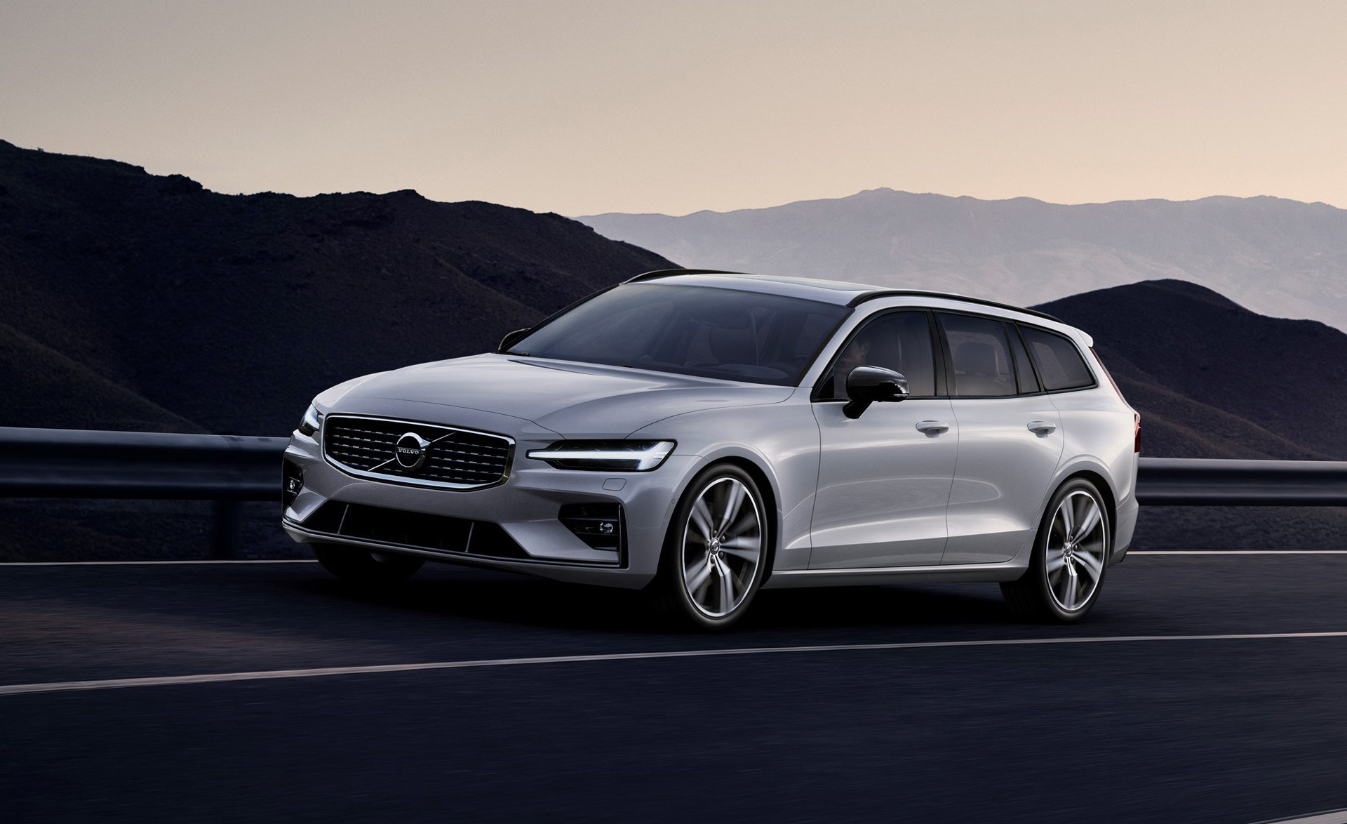 Volvo V60 wagon sharpened with R-Design and R-Design Pro ...