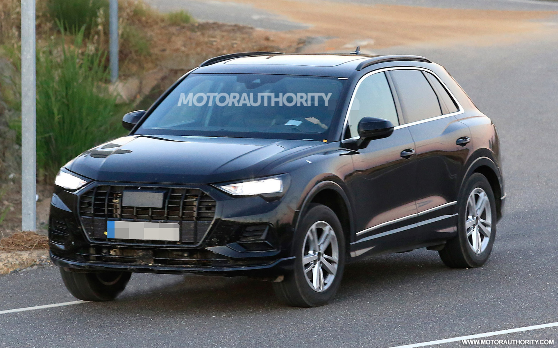 2020 Audi Q3 Release Date, Specs, And Redesign >> 2020 Audi Q3 Spy Shots