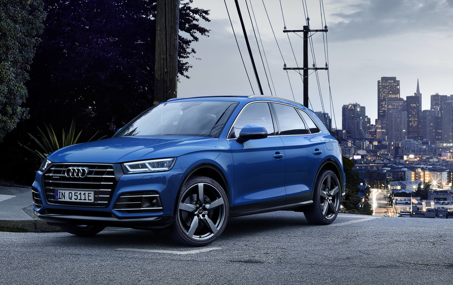 2020 audi q5 plug in hybrid arrives in europe. Black Bedroom Furniture Sets. Home Design Ideas