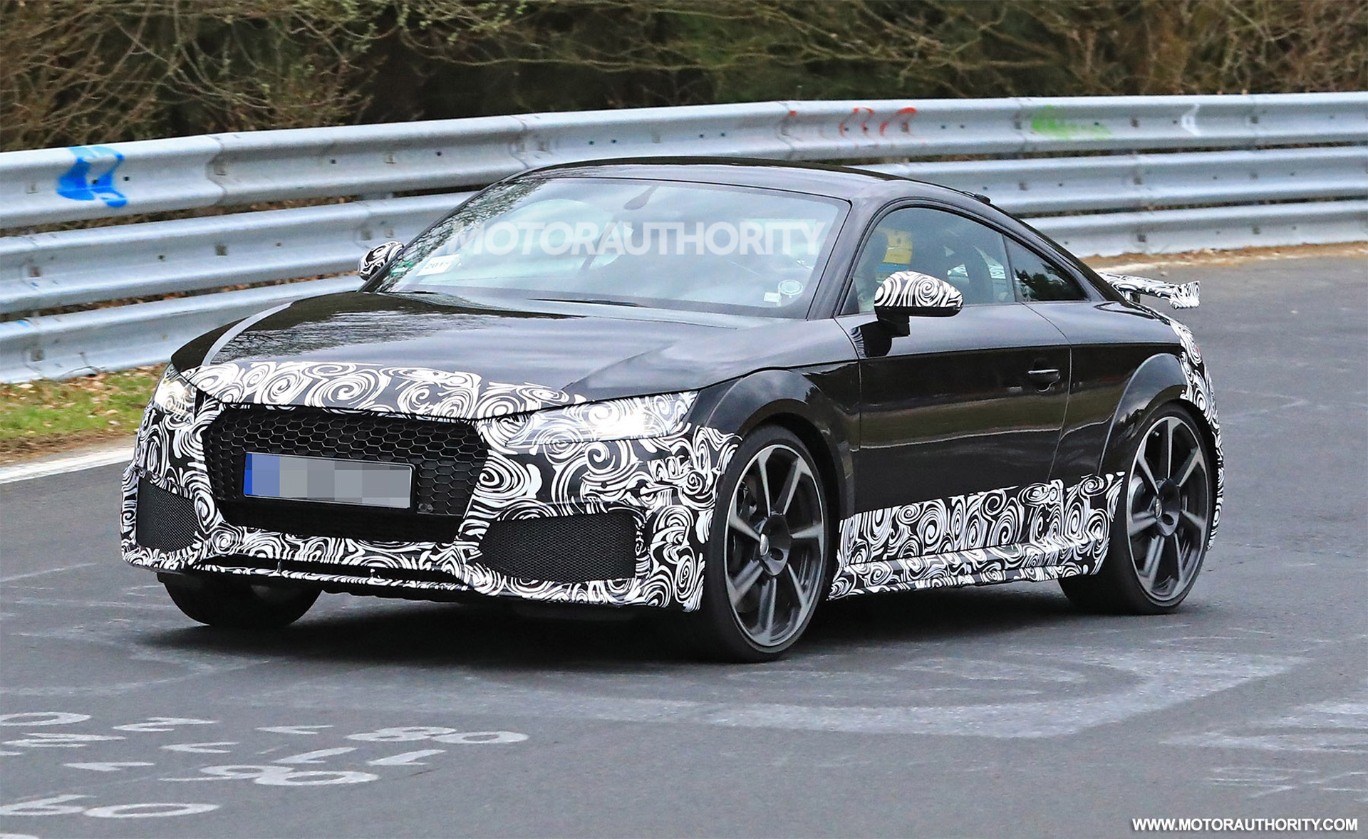 2020 Audi TT RS spy shots and video
