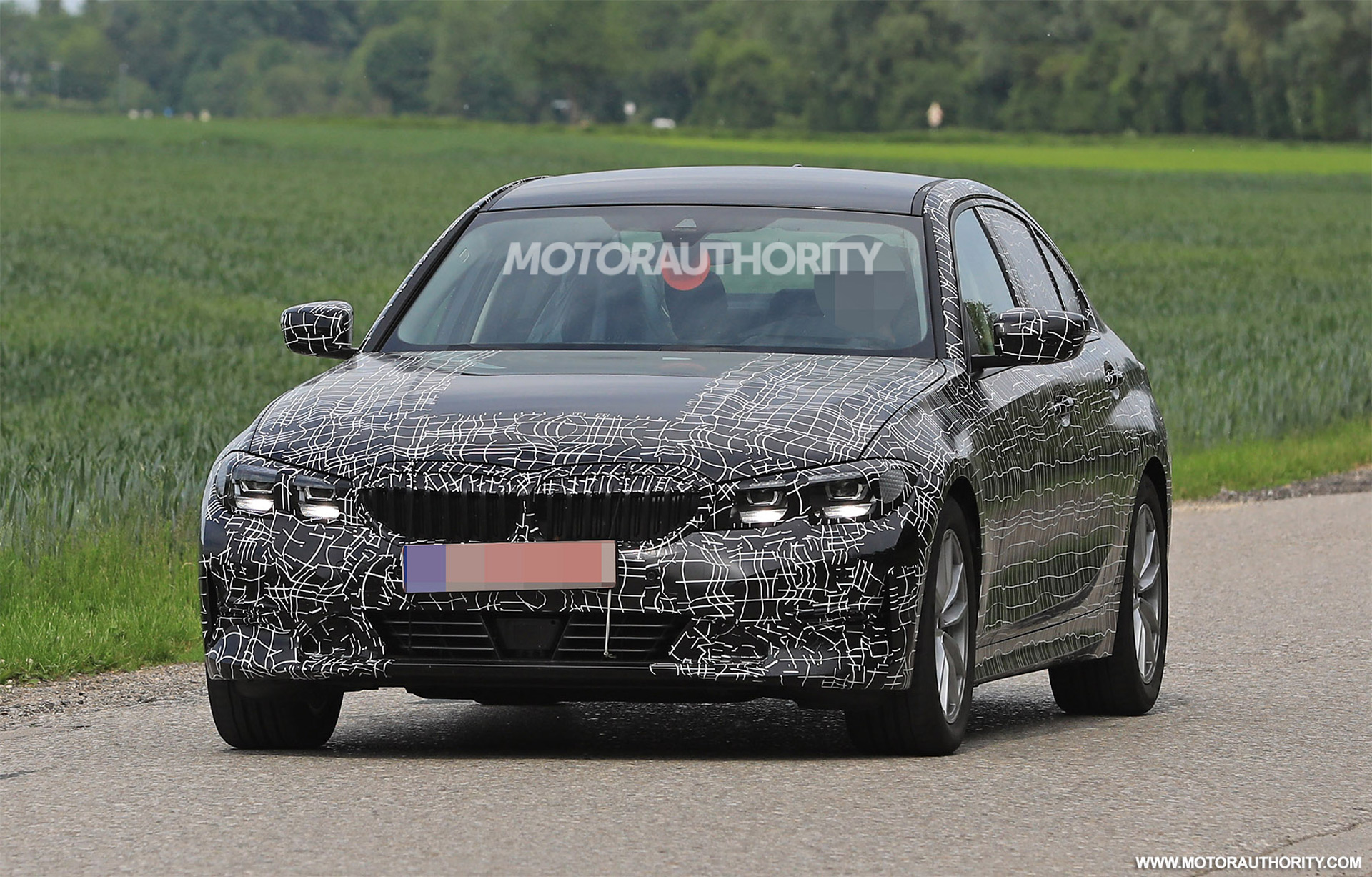 2020 Spy Shots BMW 3 Series New Model and Performance