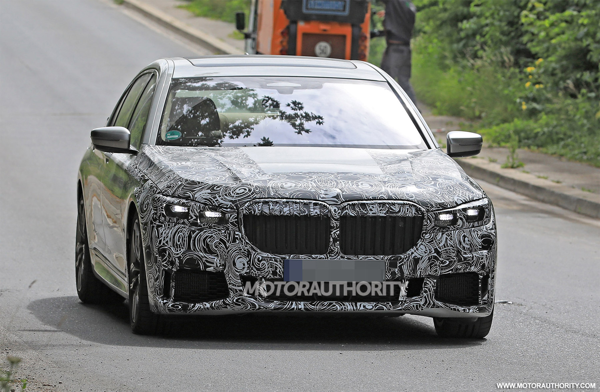 2020 Mercedes Benz Eqc Spy Shots And Video