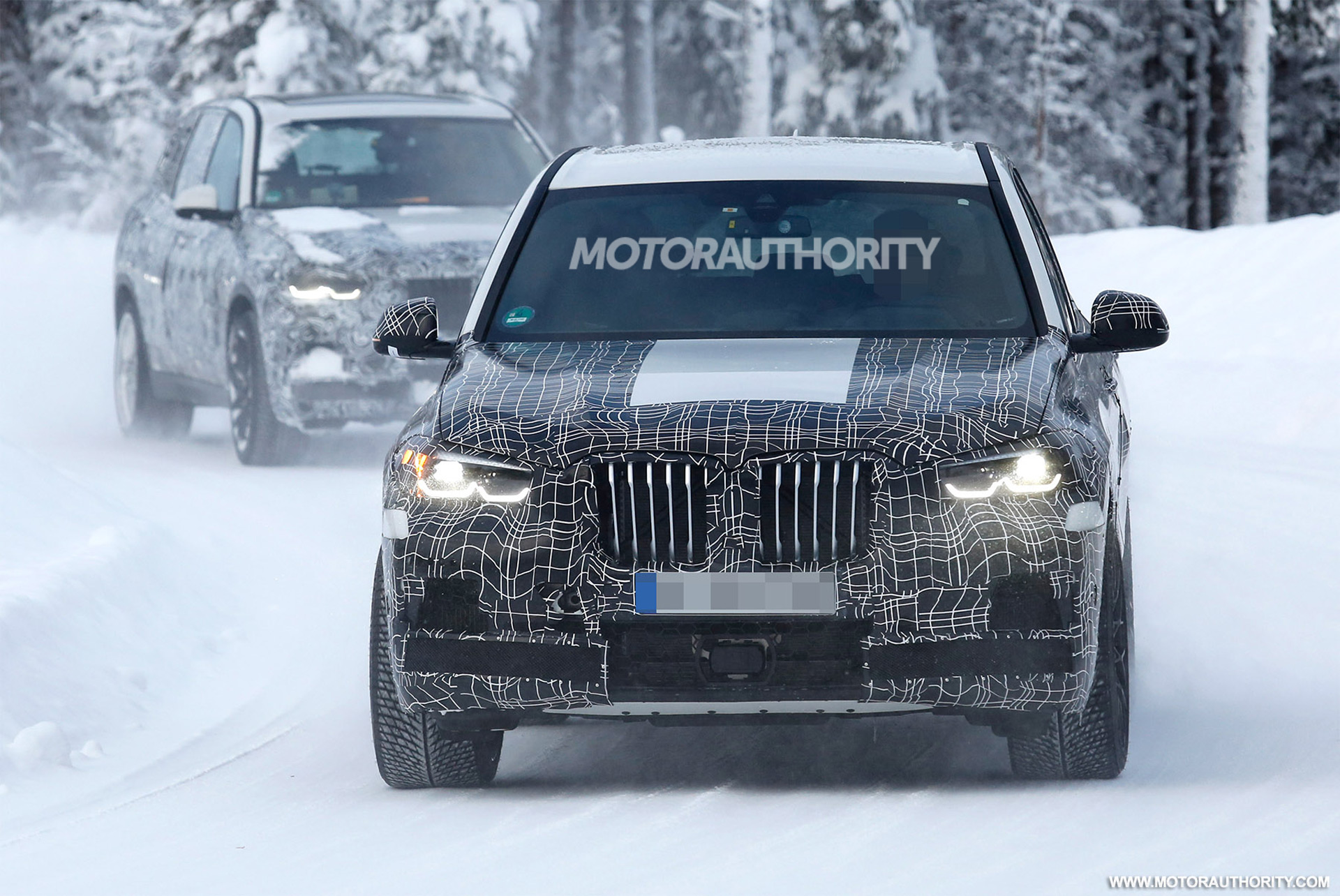 2021 BMW X5 Will Introduce Electric Version >> 2020 Bmw X5 M Spy Shots And Video