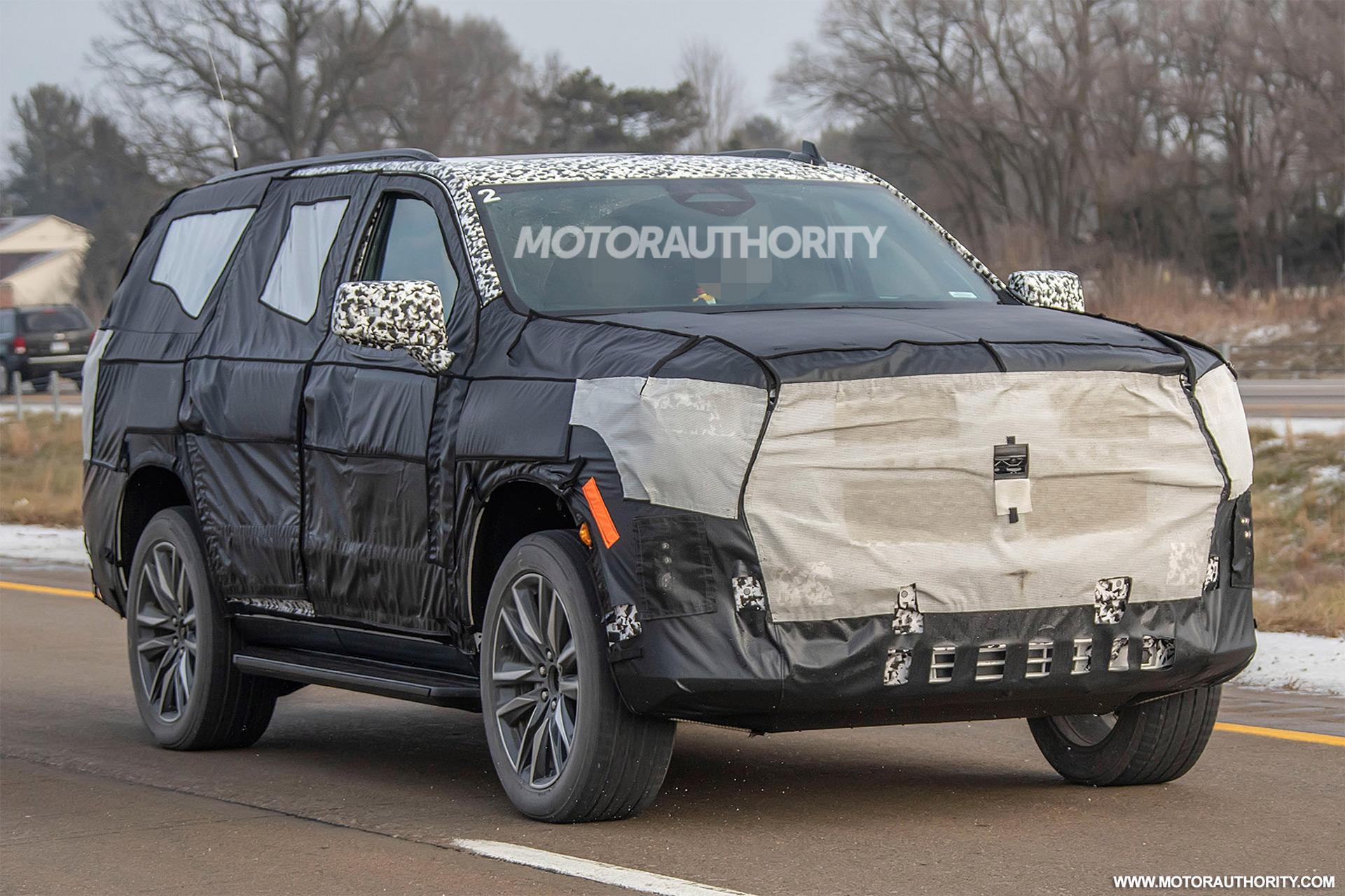 202 - [Cadillac] Escalade V 2020-cadillac-escalade-esv-spy-shots--image-via-s-baldauf-sb-medien_100684213_h