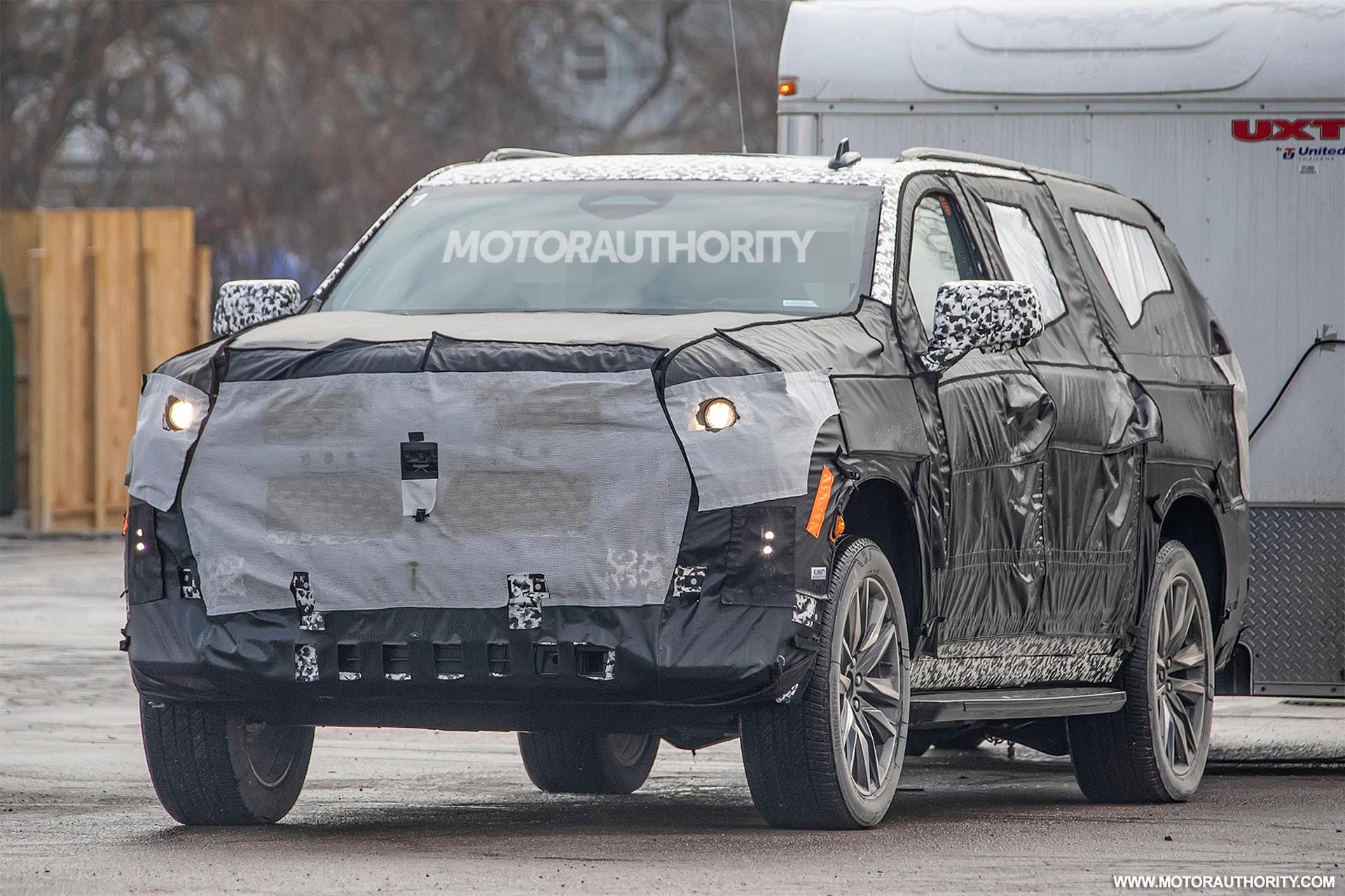 202 - [Cadillac] Escalade V 2020-cadillac-escalade-esv-spy-shots--image-via-s-baldauf-sb-medien_100684218_h