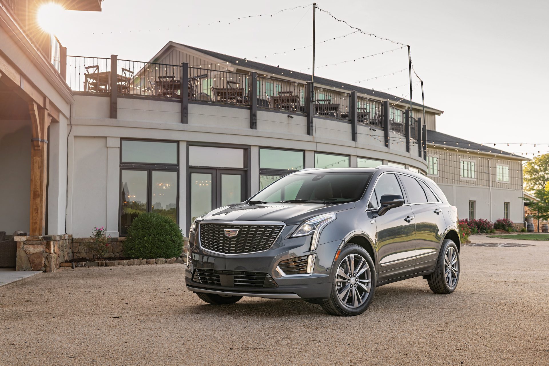 2020 Cadillac Xt5 Review Ratings Specs Prices And Photos The Car Connection