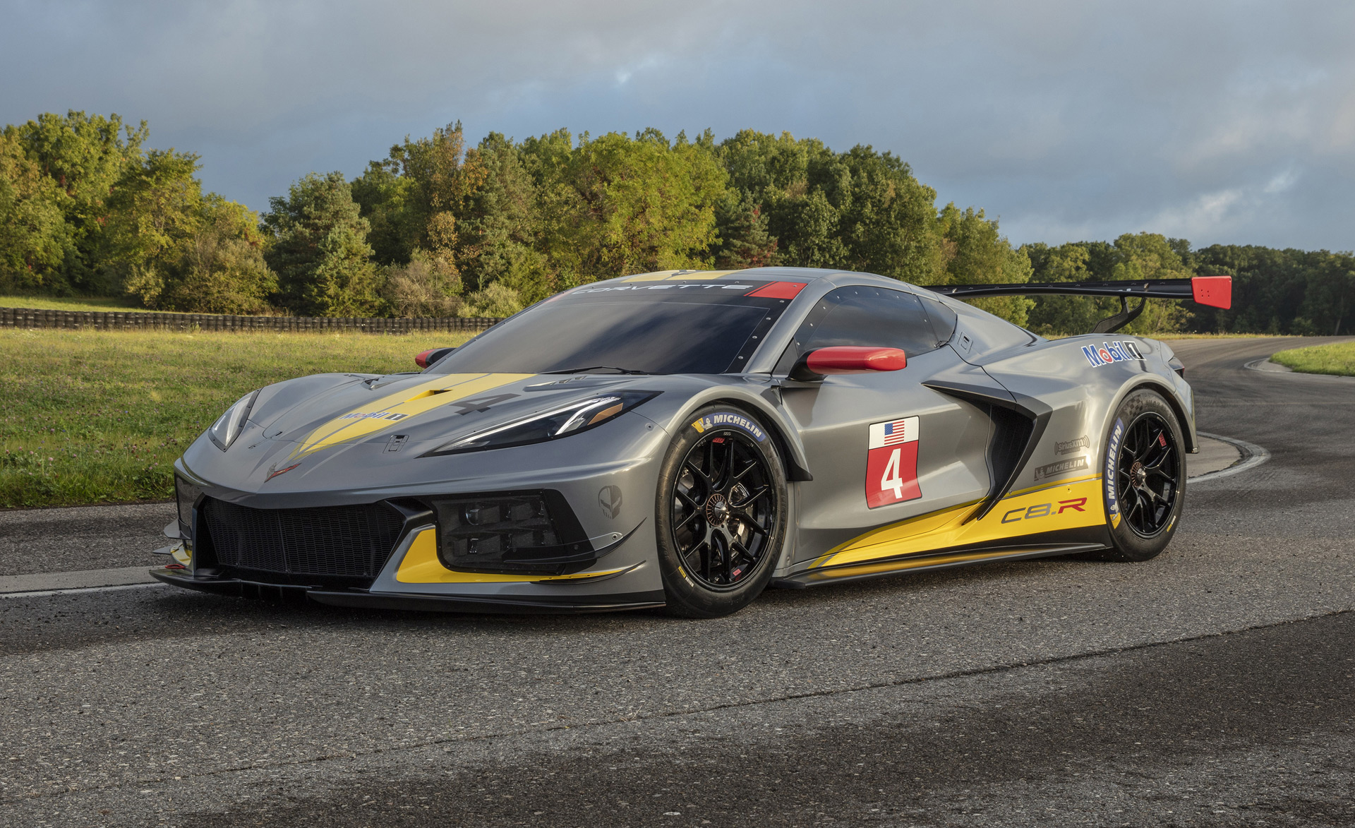 Chevy Corvette C8.R has a flat-crank 5.5-liter V-8 we'll ...
