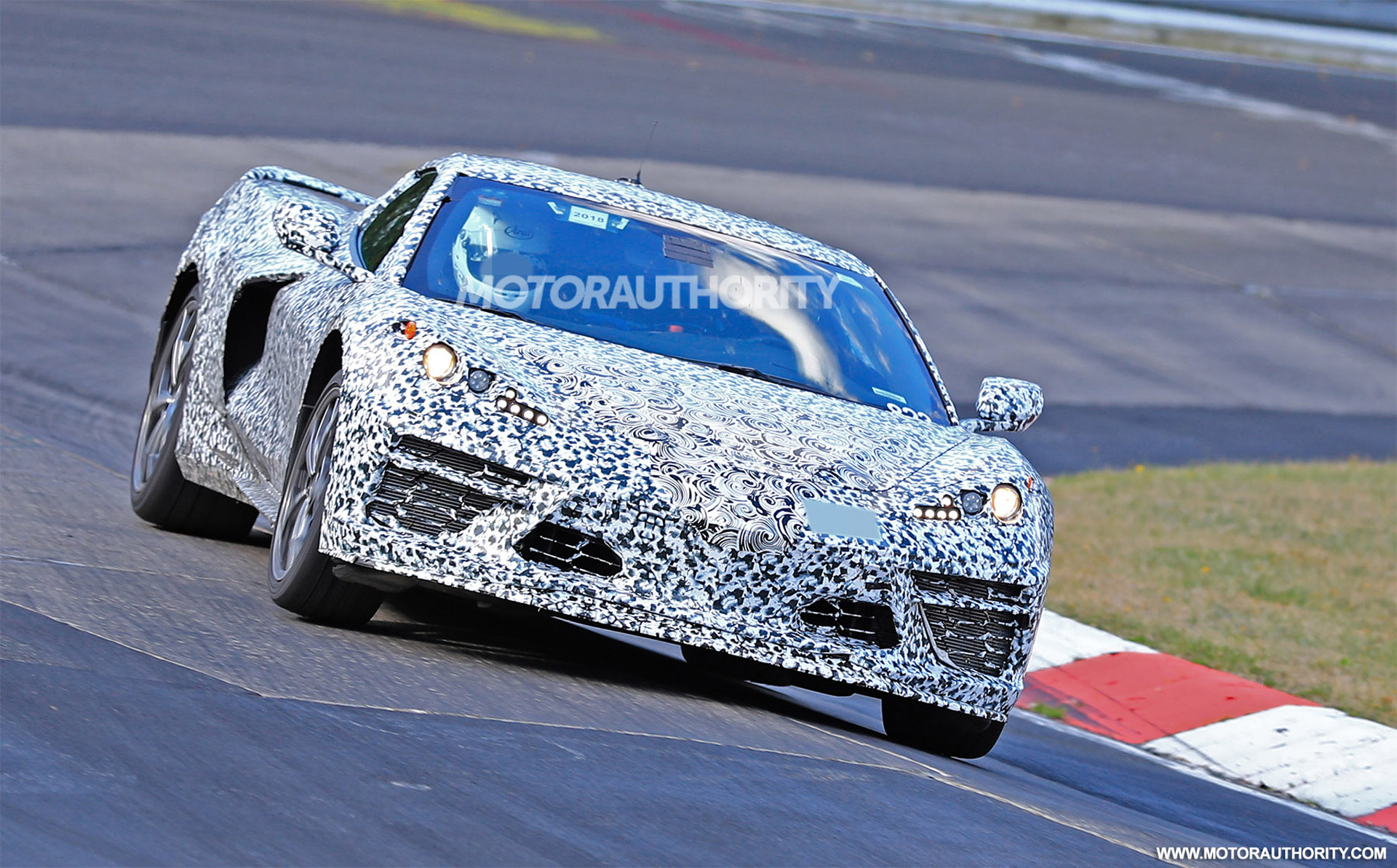 Mid-engine C8 Corvette could get clutch-by-wire manual transmission