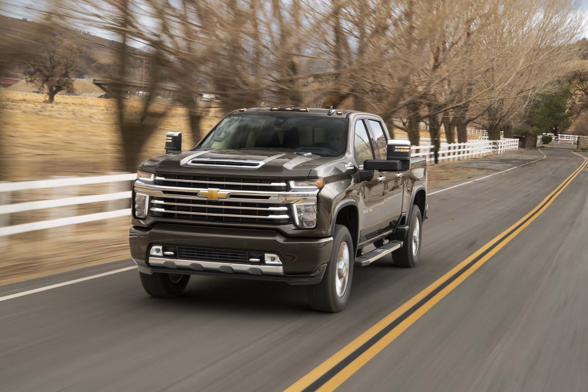 2020 Chevrolet Silverado 2500hd Chevy Review Ratings Specs Prices And Photos The Car Connection