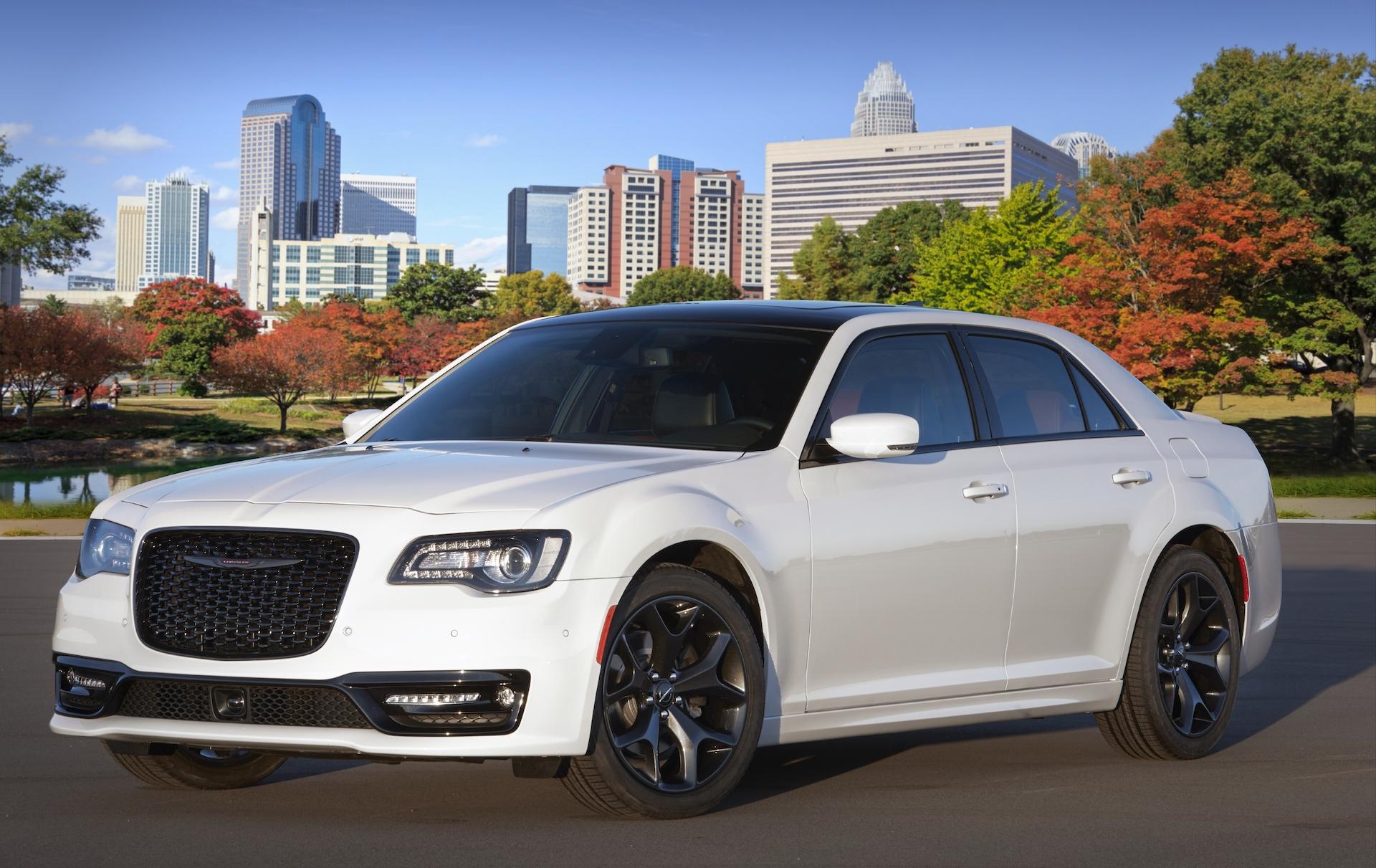 2020 Chrysler 300 Ratings