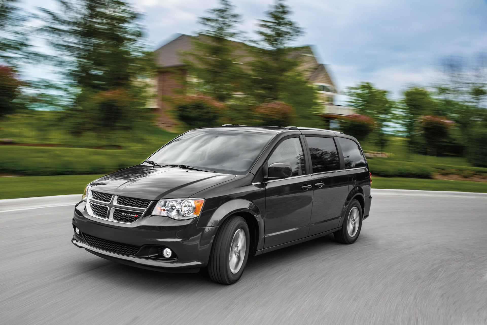 2020 Dodge Grand Caravan Review Ratings Specs Prices And Photos The Car Connection